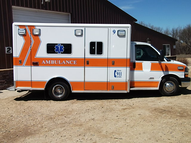 2009 Chevrolet G4500 Type 3 Ambulance For Sale – Picture 2
