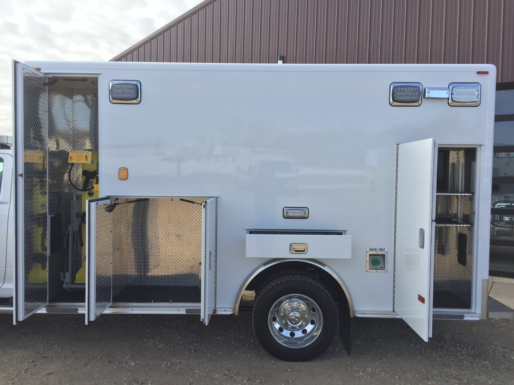 2017 Ram 4500 4x4 Heavy Duty Ambulance For Sale – Picture 6