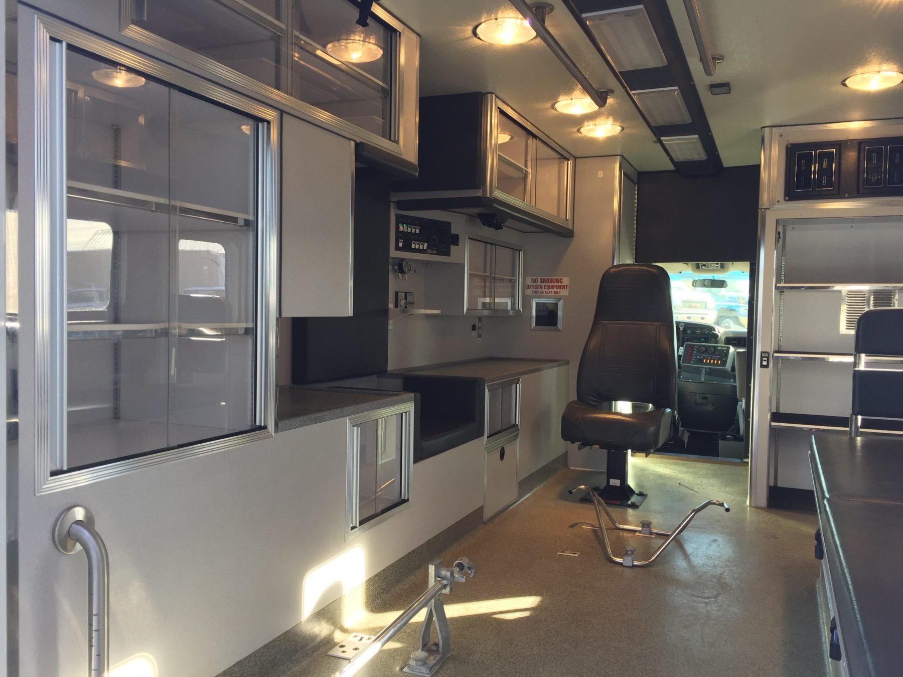 1998 Chevrolet G3500 Type 3 Ambulance For Sale – Picture 10