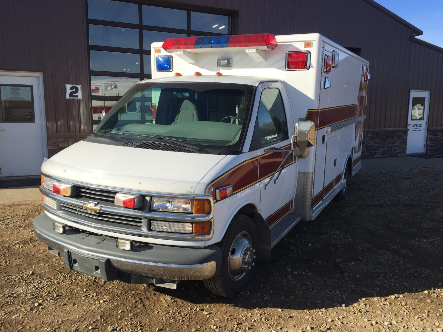 1998 Chevrolet G3500 Type 3 Ambulance For Sale – Picture 3