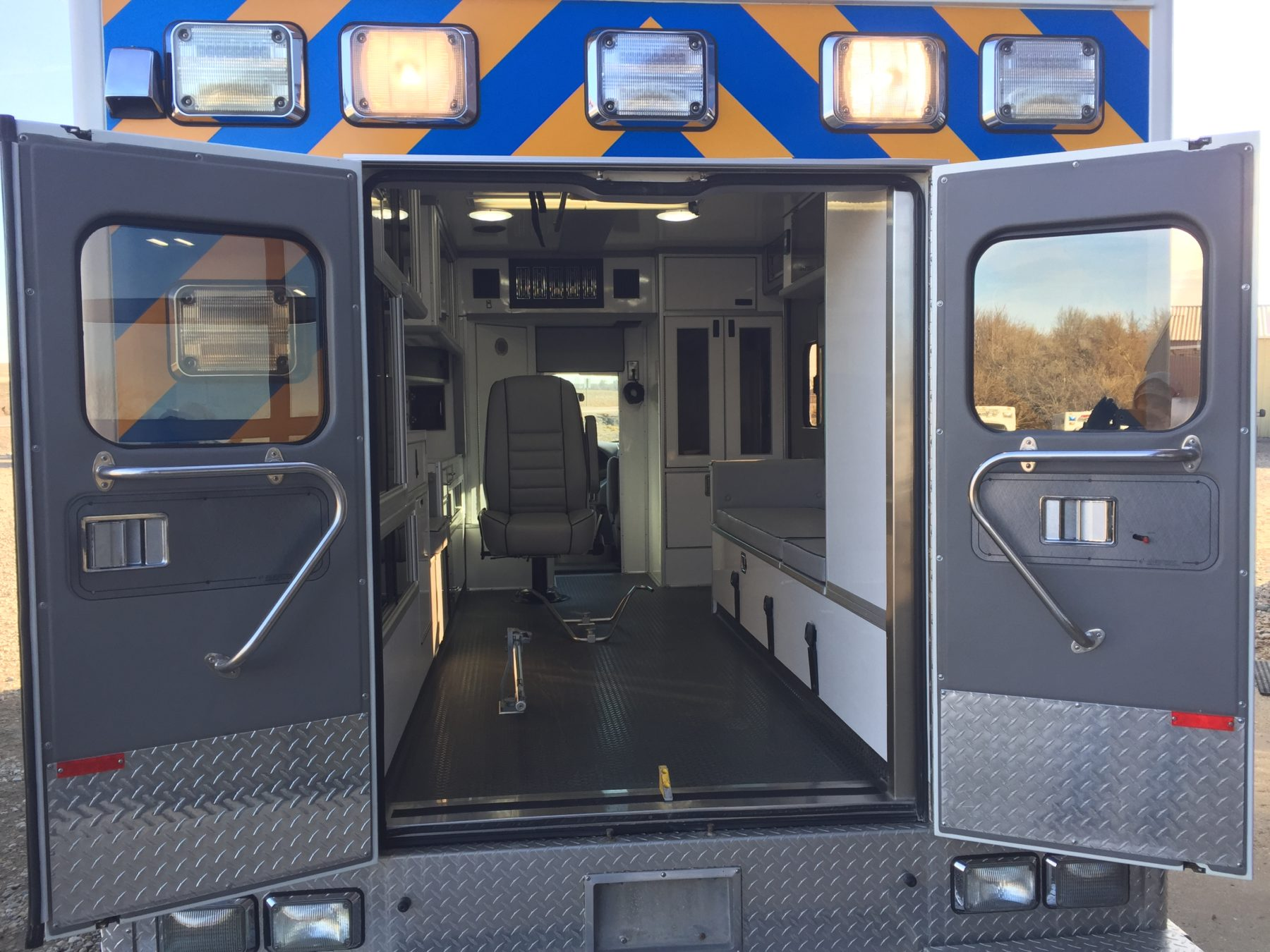 2000 Ford E450 Type 3 Ambulance For Sale – Picture 7