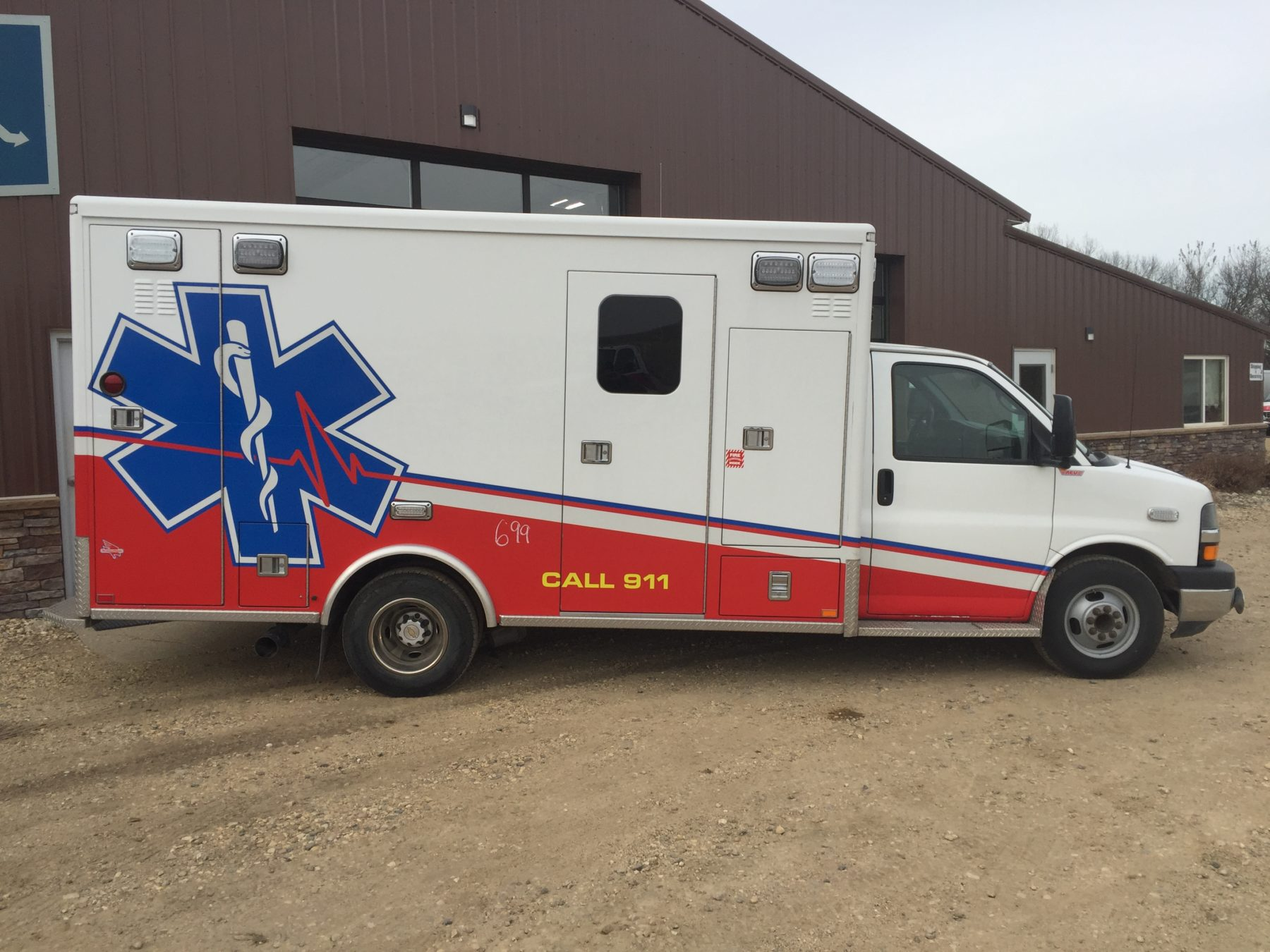 2012 Chevrolet G4500 Type 3 Ambulance For Sale – Picture 5