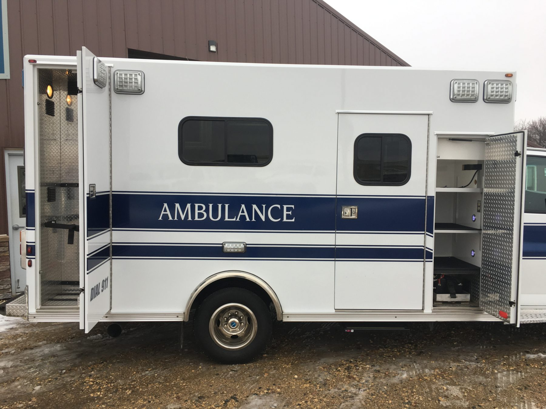 2014 Chevrolet G4500 Type 3 Ambulance For Sale – Picture 5