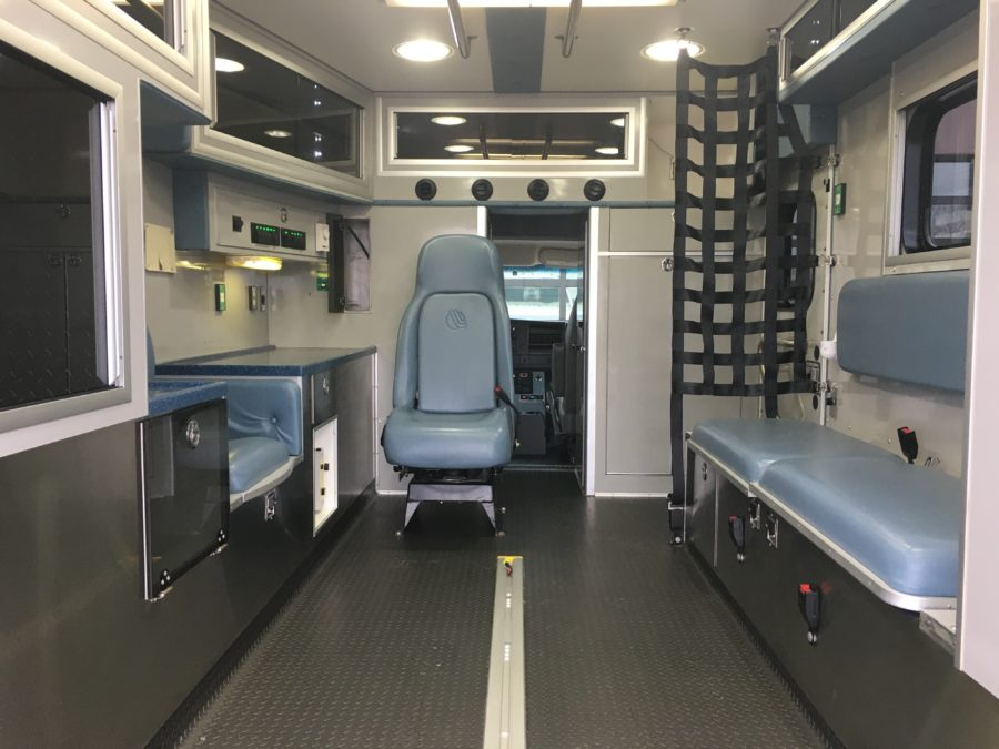 2014 Chevrolet G4500 Type 3 Ambulance For Sale – Picture 2