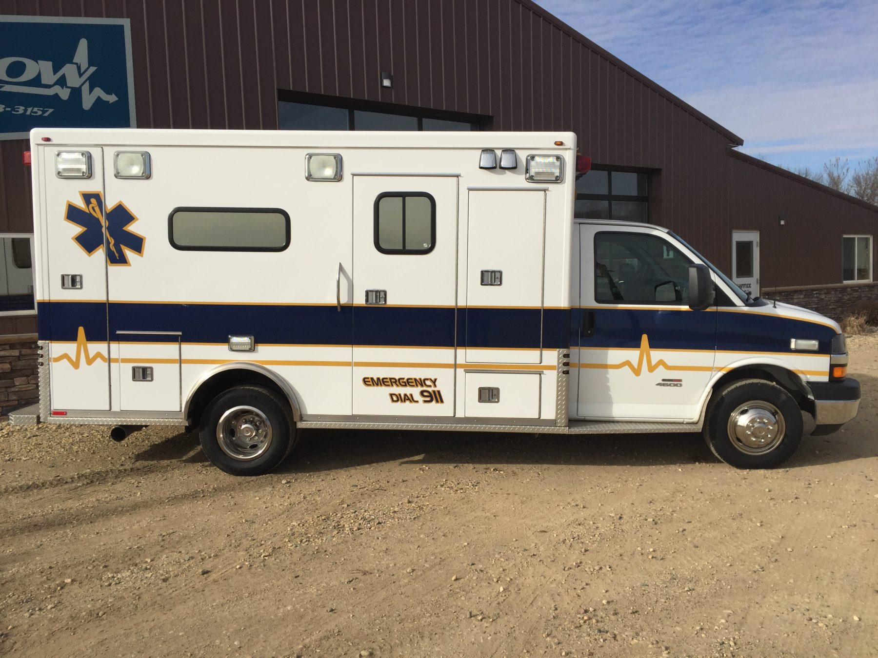2010 Chevrolet G4500 Type 3 Ambulance For Sale – Picture 4