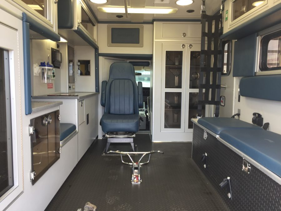 2010 Chevrolet G4500 Type 3 Ambulance For Sale – Picture 2