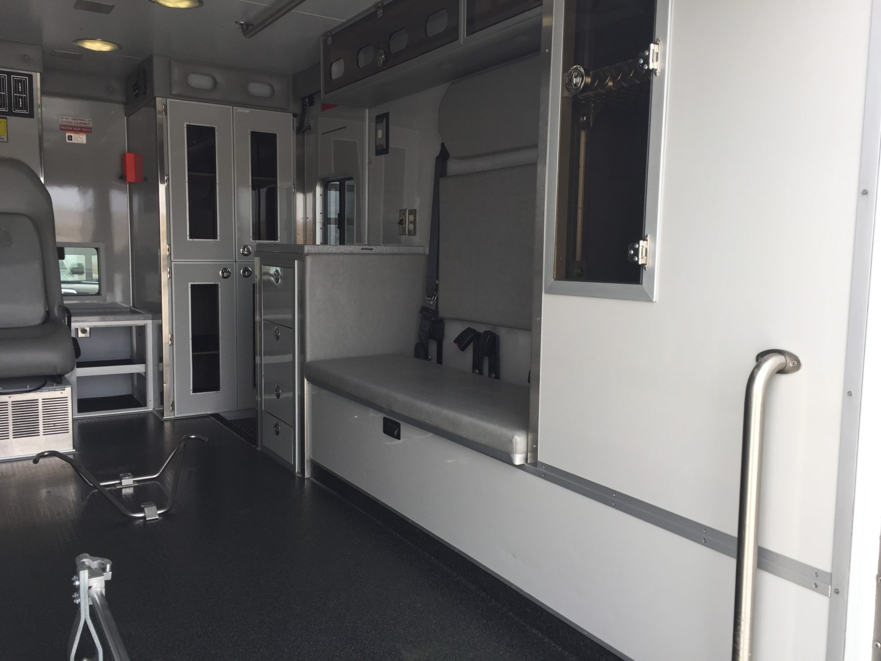 2012 Dodge 4500 Heavy Duty Ambulance For Sale – Picture 14