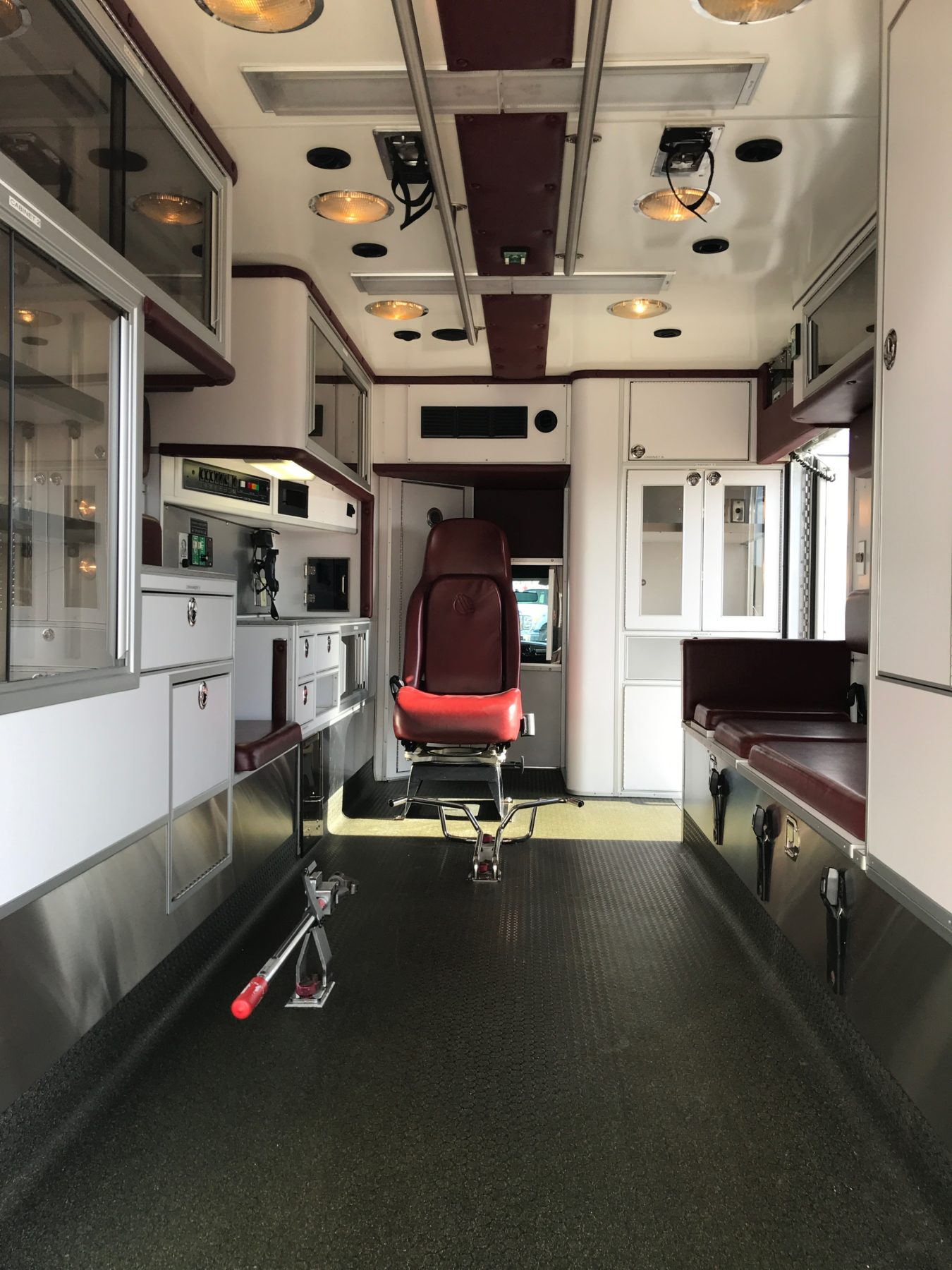 2007 Ford F450 Type 1 Ambulance For Sale – Picture 2