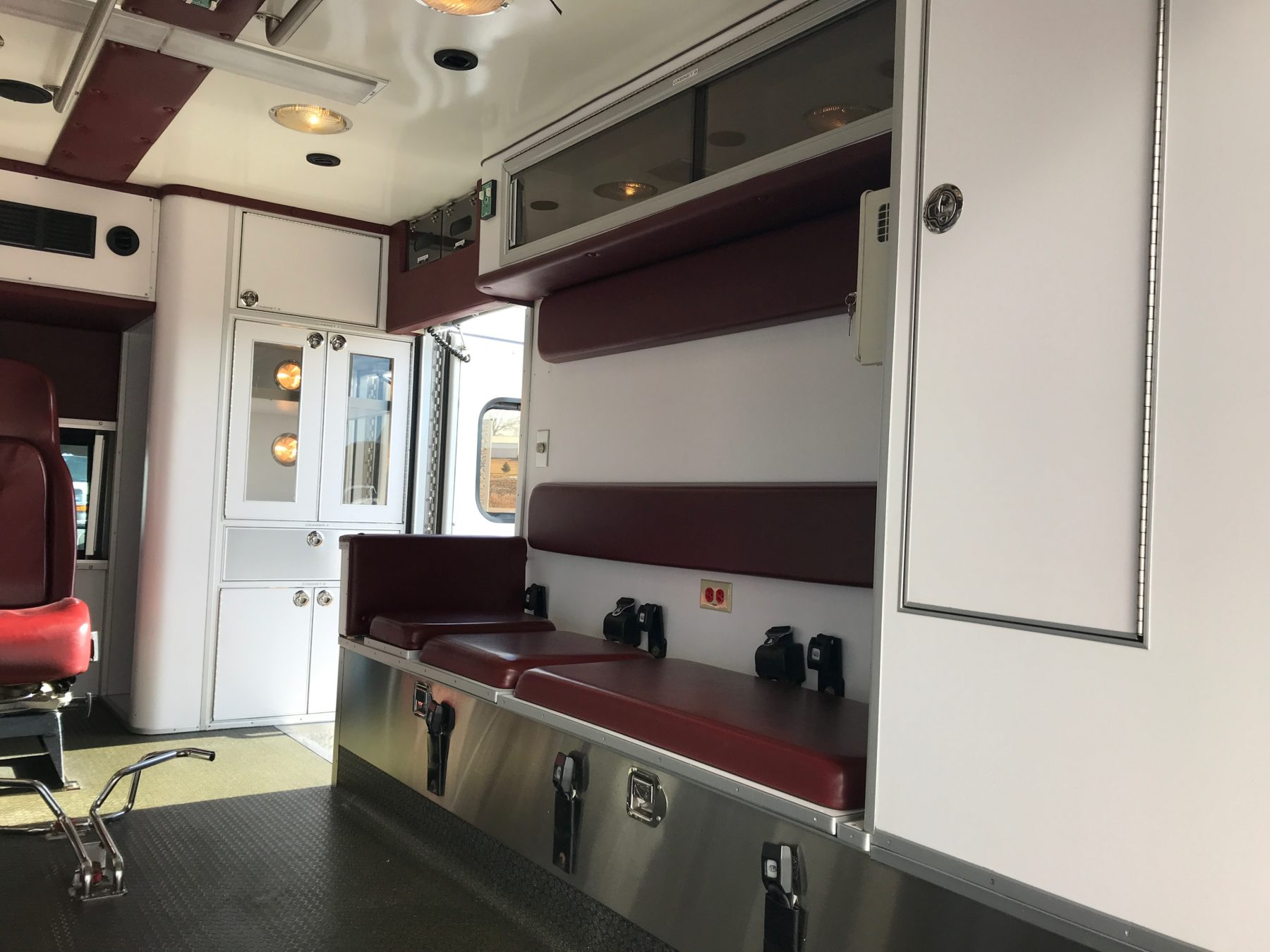 2007 Ford F450 Type 1 Ambulance For Sale – Picture 12