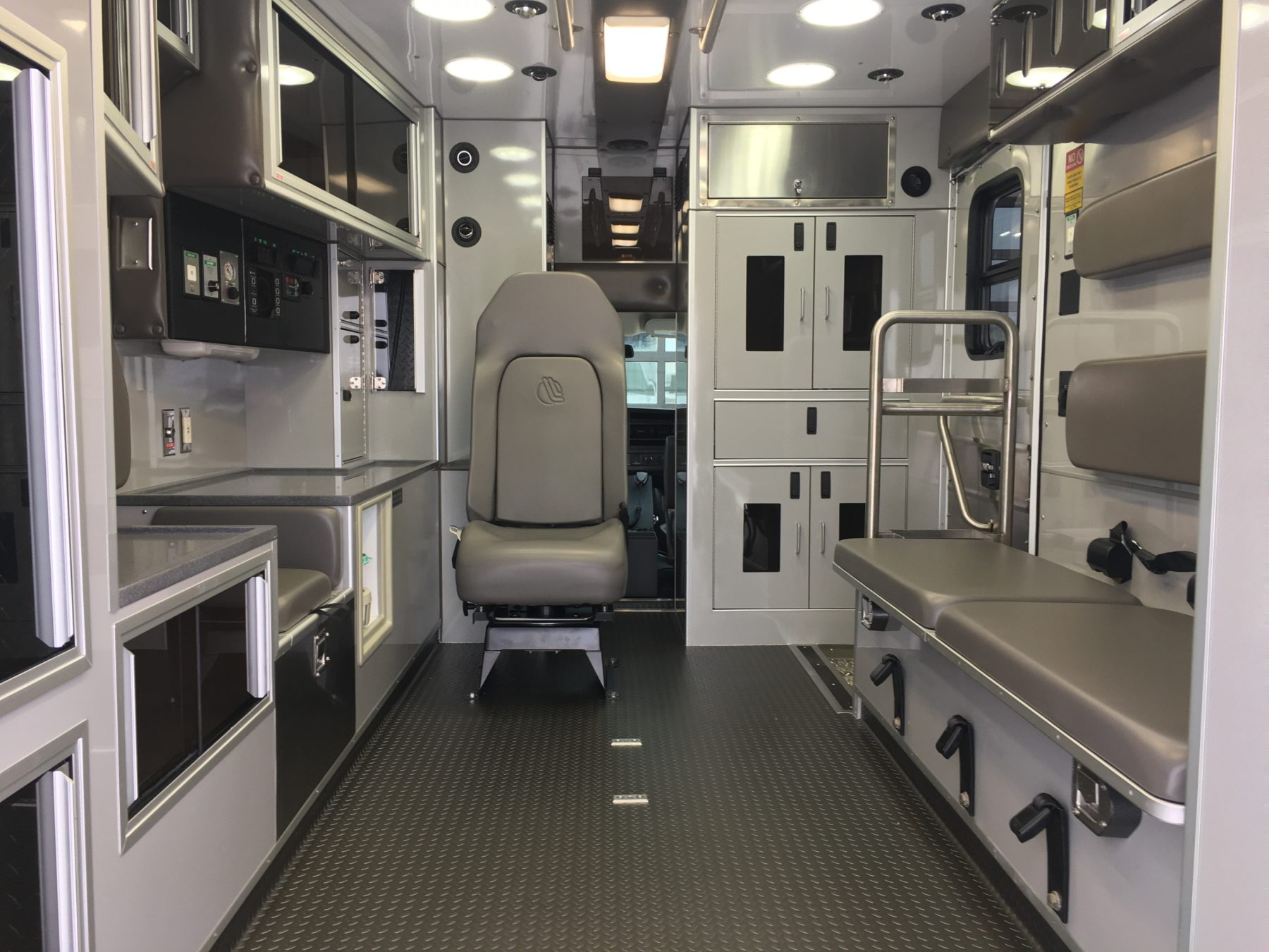 2020 Chevrolet G4500 Type 3 Ambulance For Sale – Picture 2