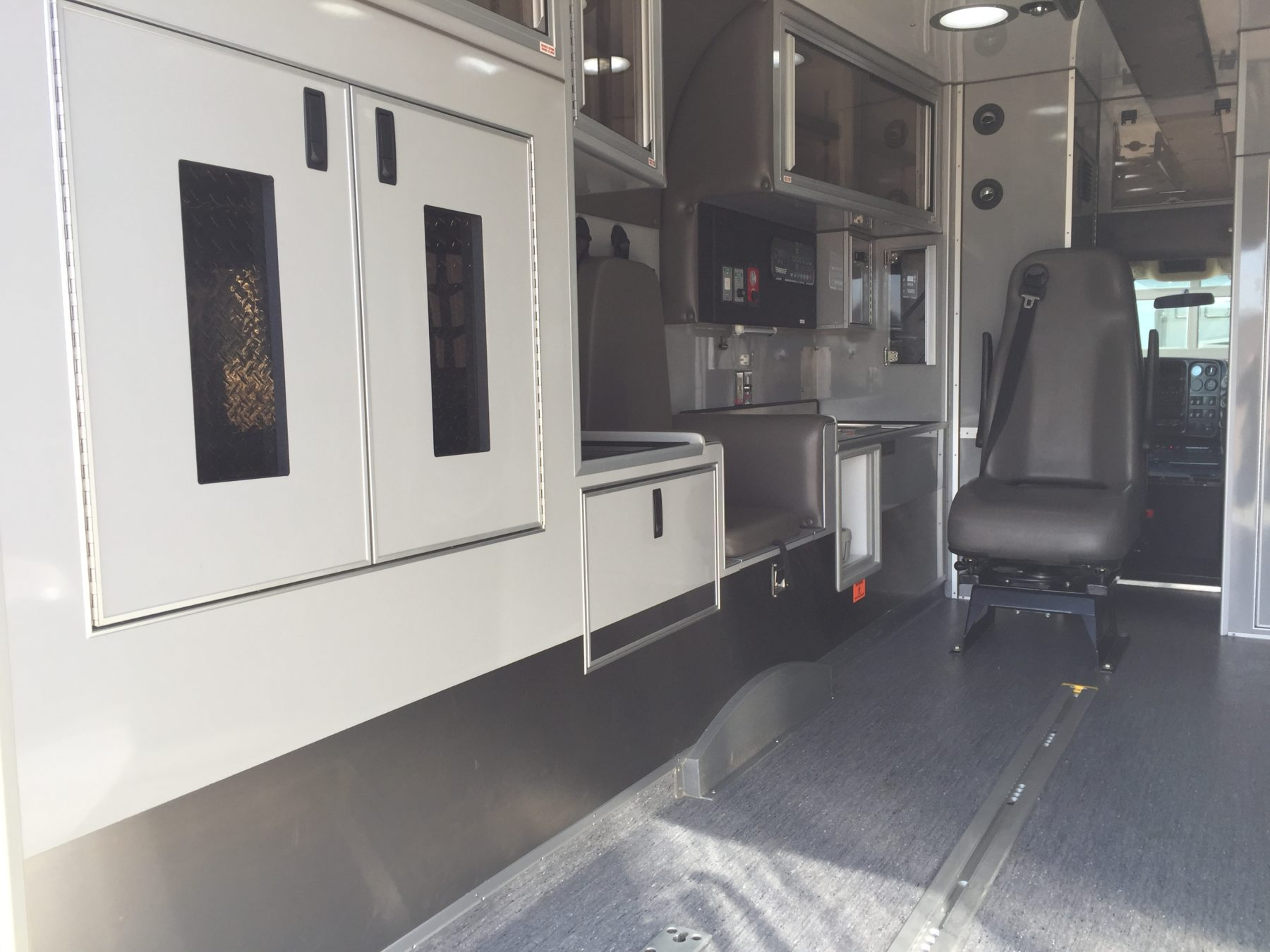 2009 Chevrolet C4500 Heavy Duty Ambulance For Sale – Picture 12