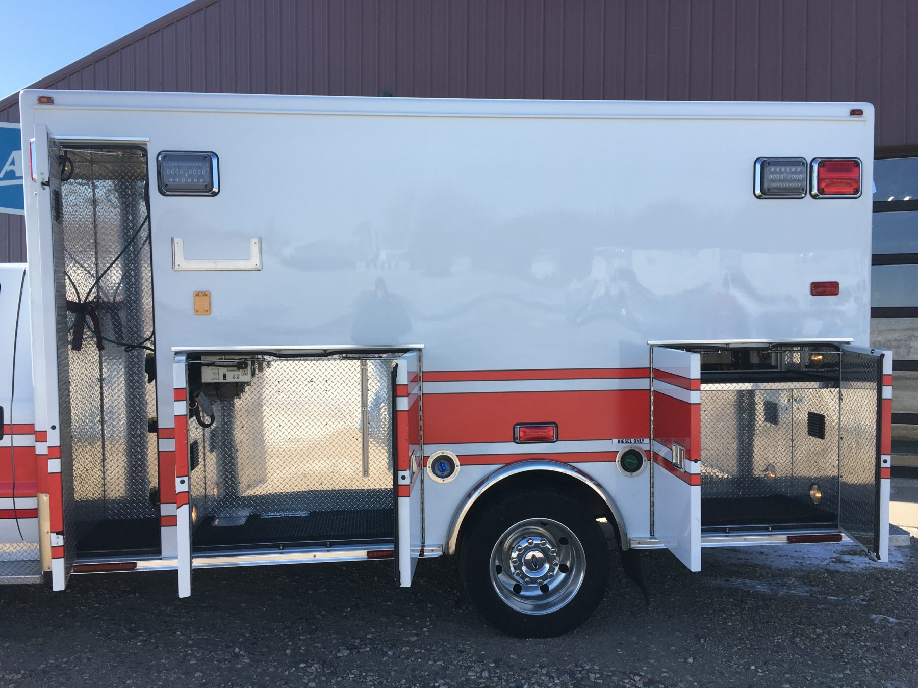 2015 Ford F450 4x4 Heavy Duty Ambulance For Sale – Picture 6