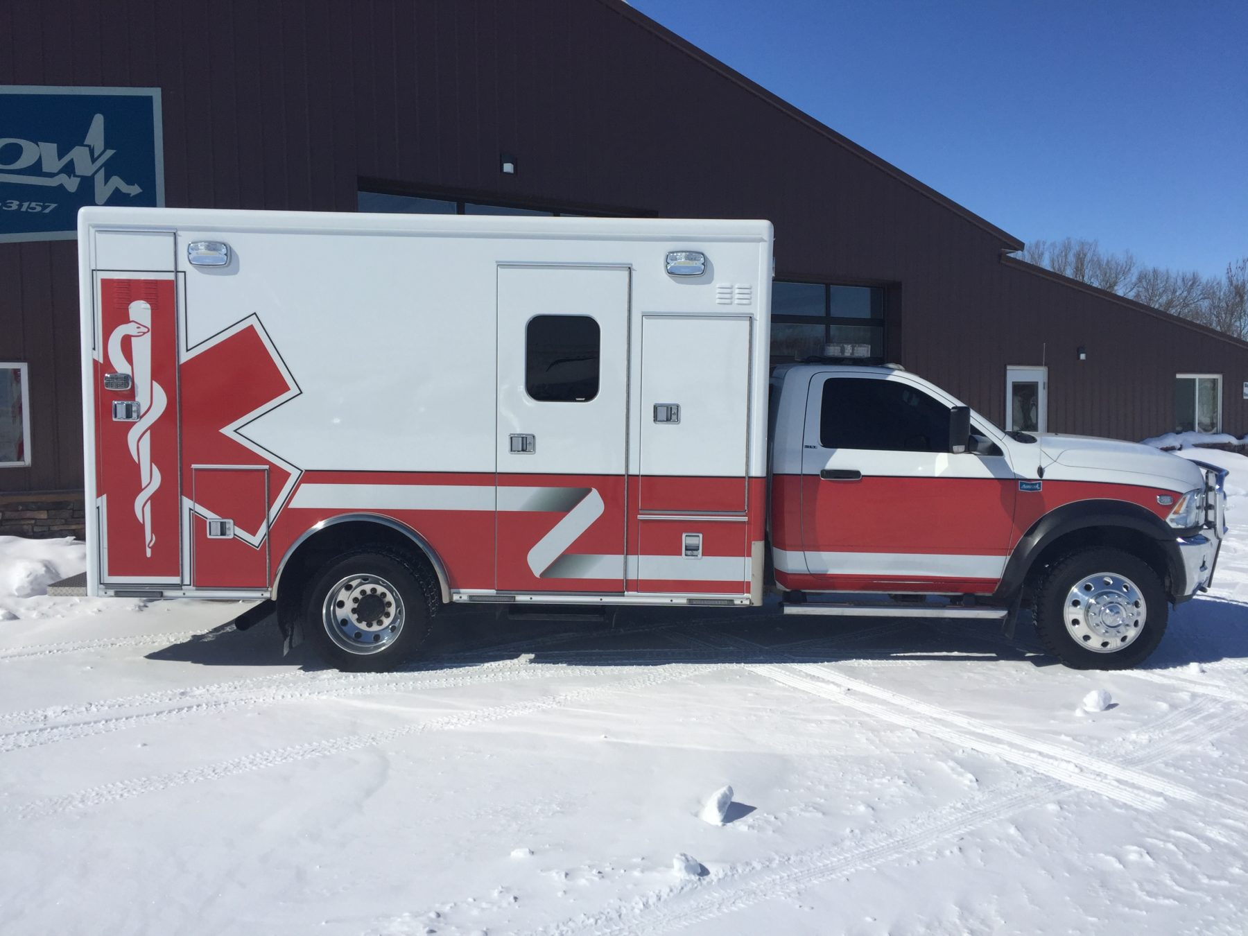 2015 Dodge 4500 4x4 Heavy Duty Ambulance For Sale – Picture 4