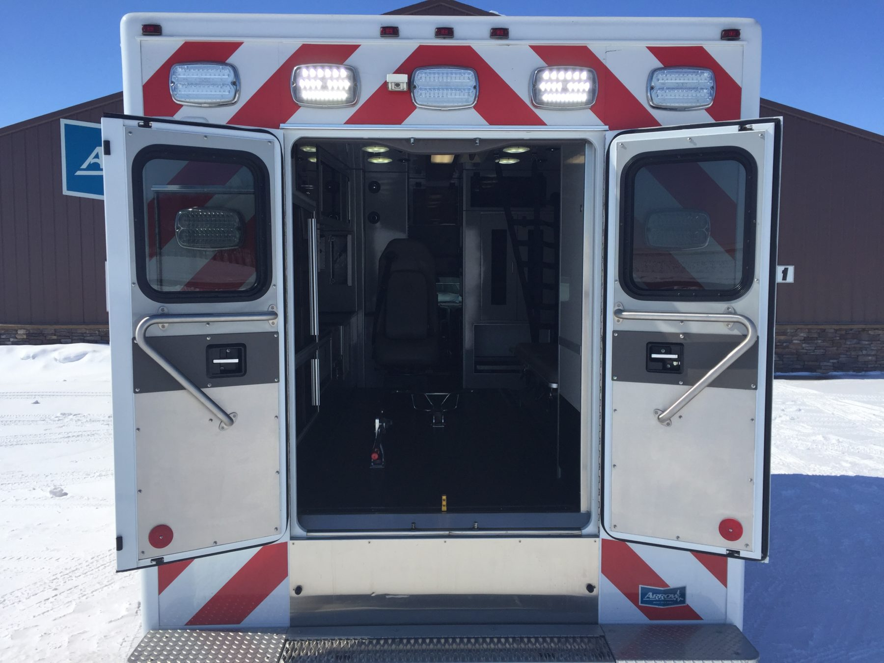 2015 Dodge 4500 4x4 Heavy Duty Ambulance For Sale – Picture 9