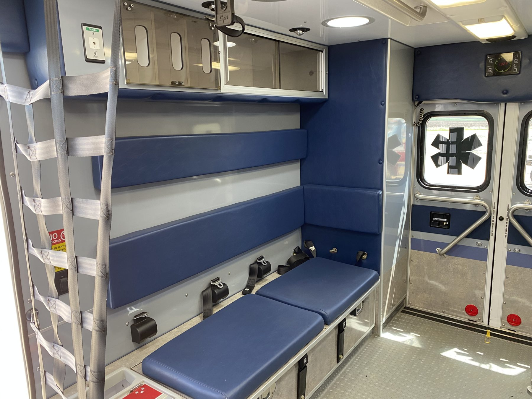 2015 Ford E450 Type 3 Ambulance For Sale – Picture 10