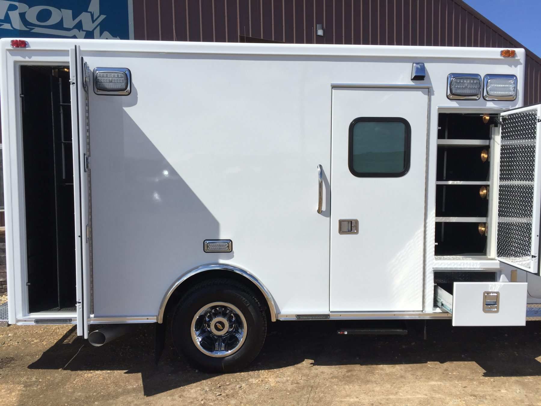 2017 Chevrolet K3500 4x4 Type 1 Ambulance For Sale – Picture 16