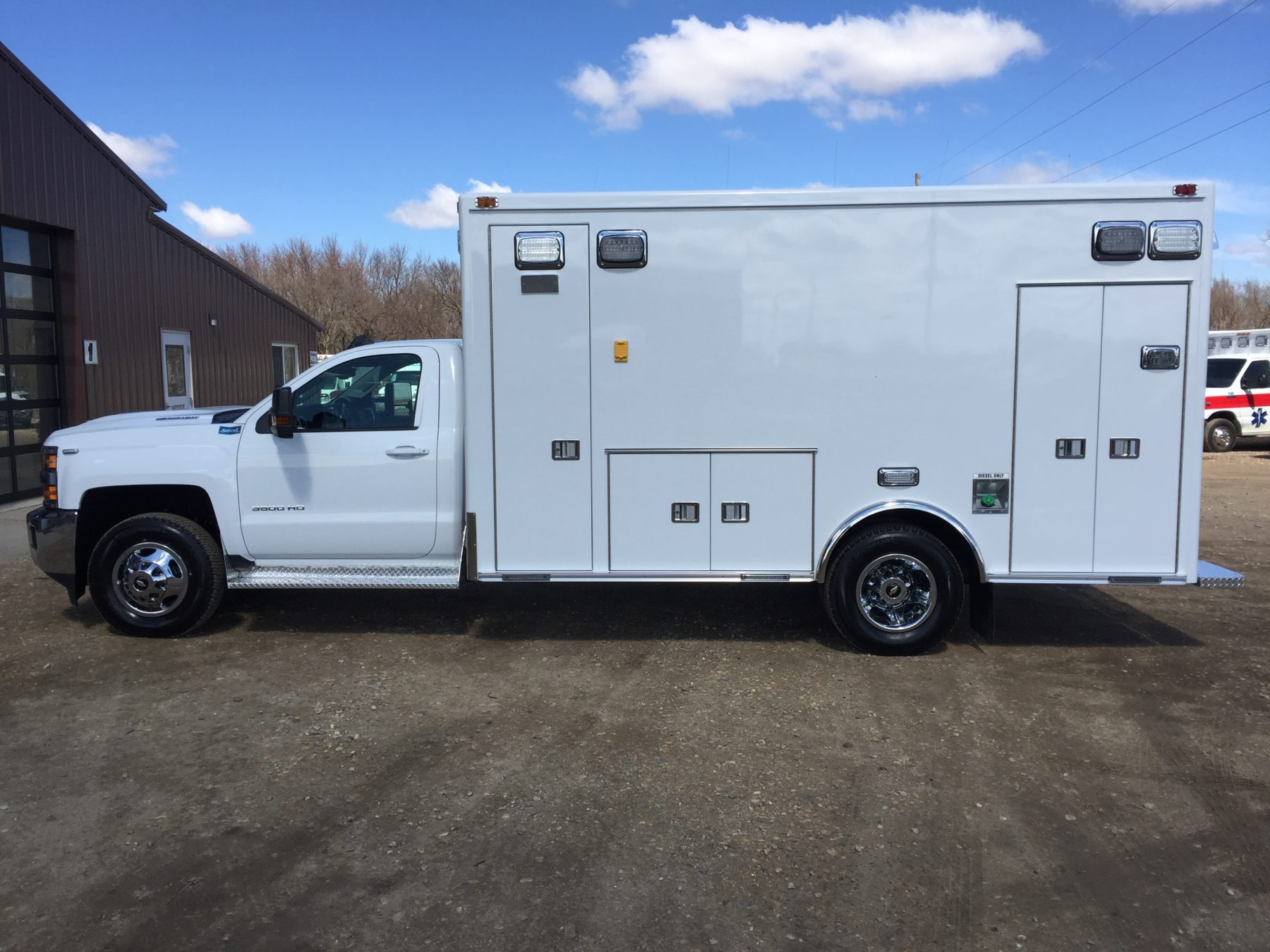 2017 Chevrolet K3500 4x4 Type 1 Ambulance For Sale – Picture 5