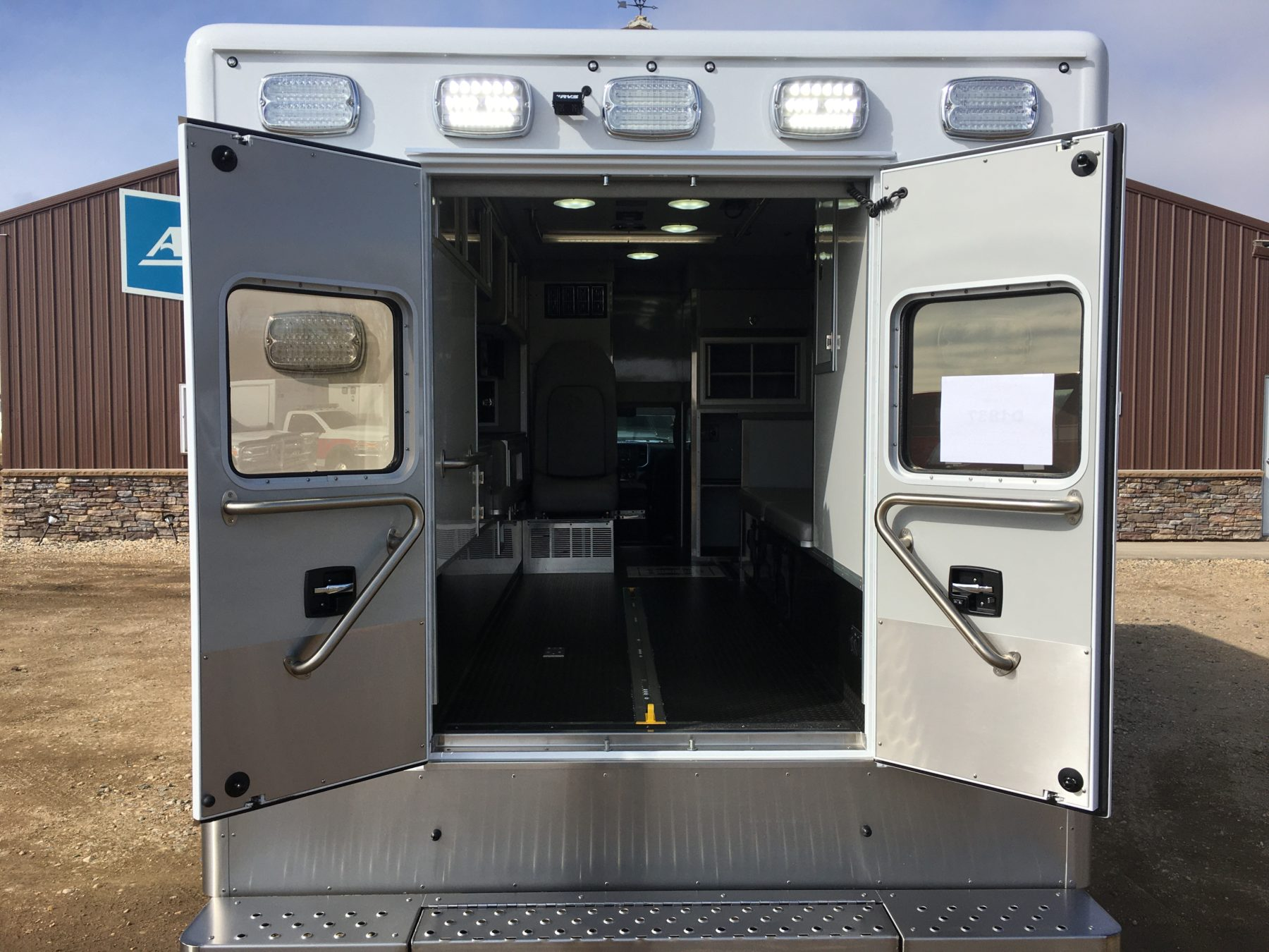 2019 Ram 4500 4x4 Heavy Duty Ambulance For Sale – Picture 9