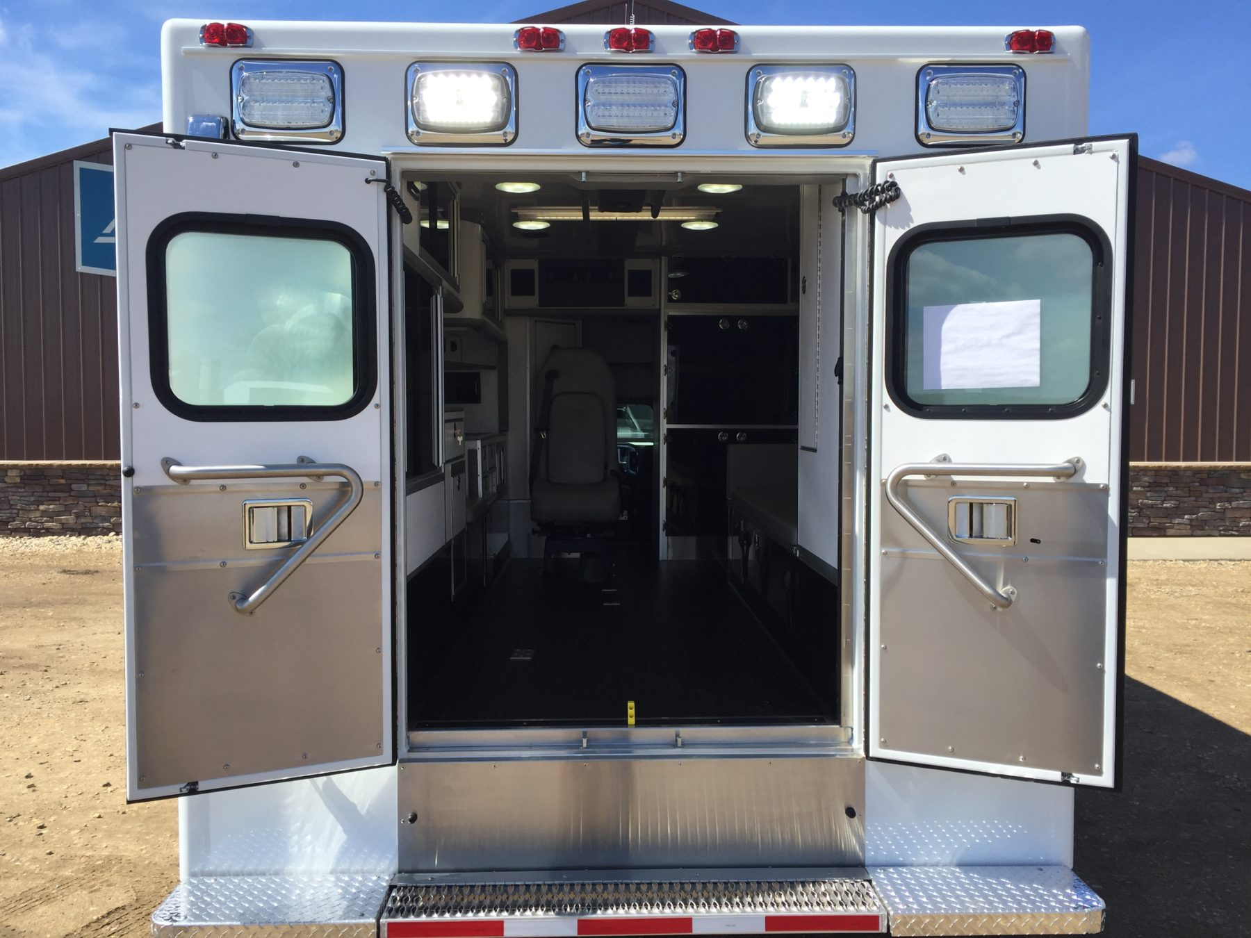 2017 Chevrolet K3500 4x4 Type 1 Ambulance For Sale – Picture 9