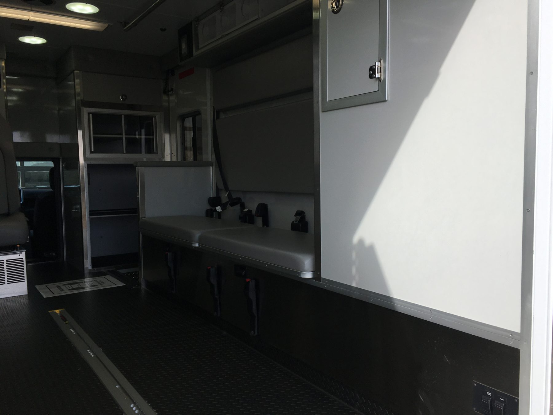 2019 Ram 4500 4x4 Heavy Duty Ambulance For Sale – Picture 13