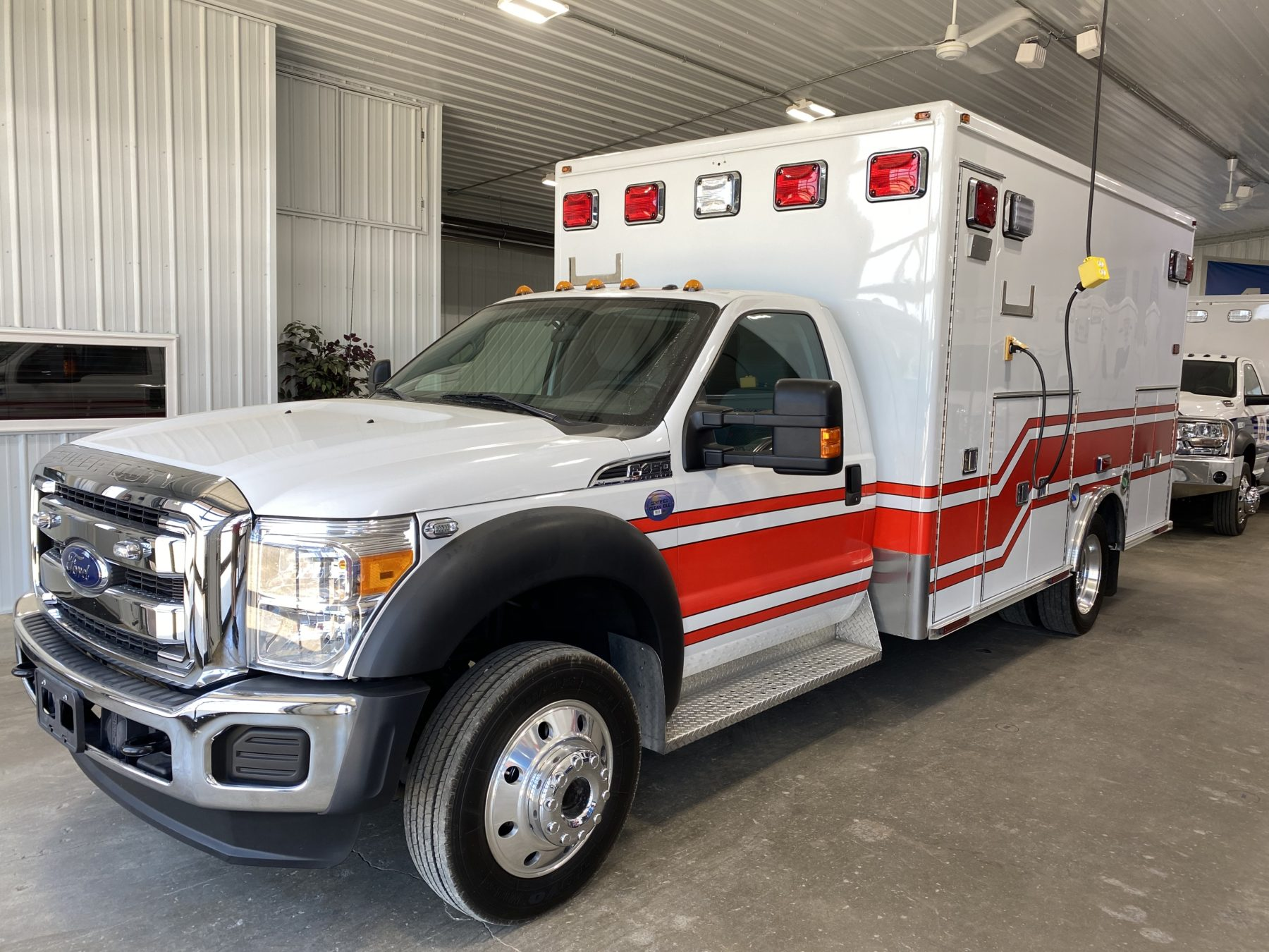 2015 Ford F450 4x4 Heavy Duty Ambulance For Sale – Picture 9