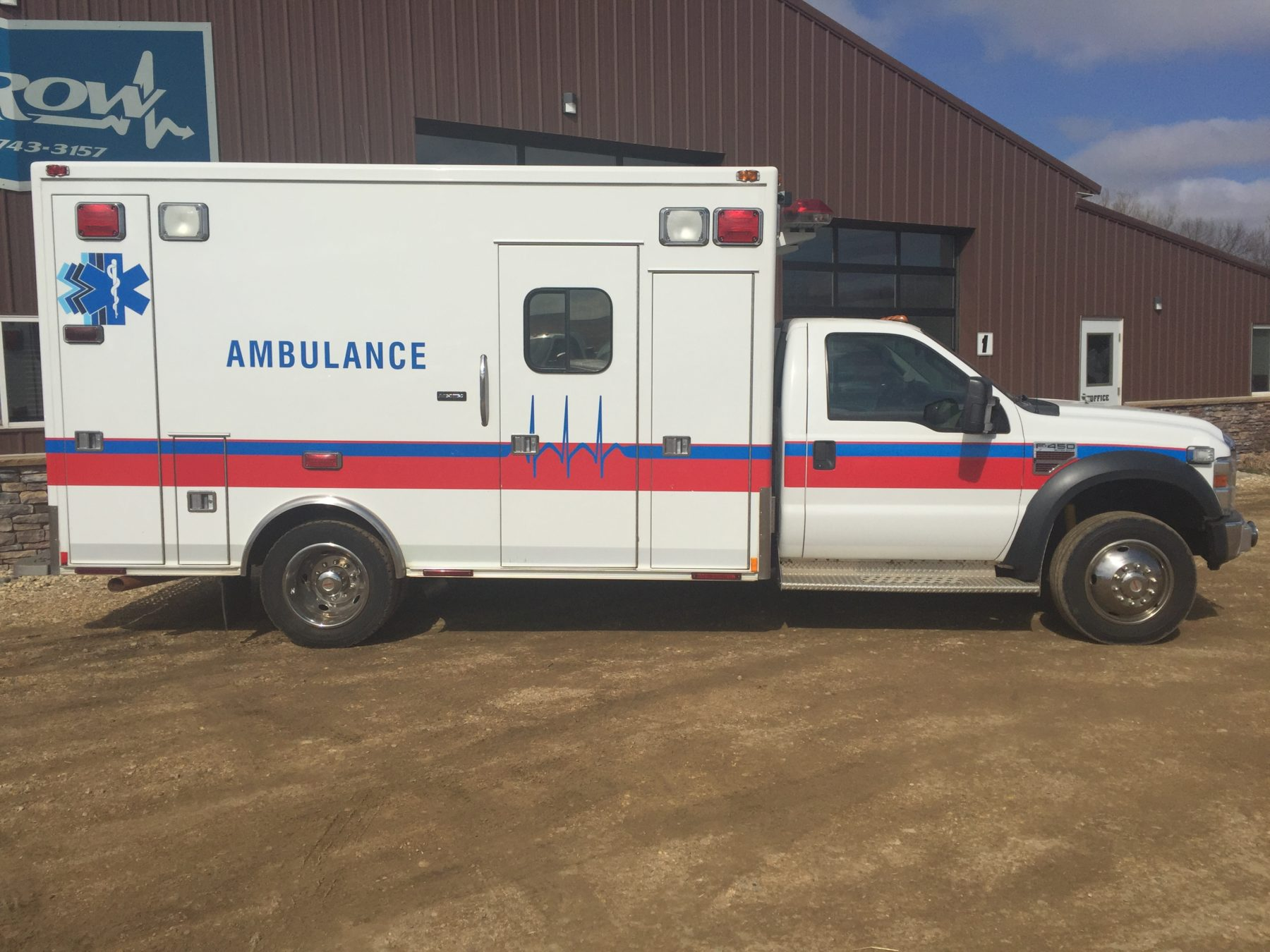 2008 Ford F450 Heavy Duty Ambulance For Sale – Picture 4