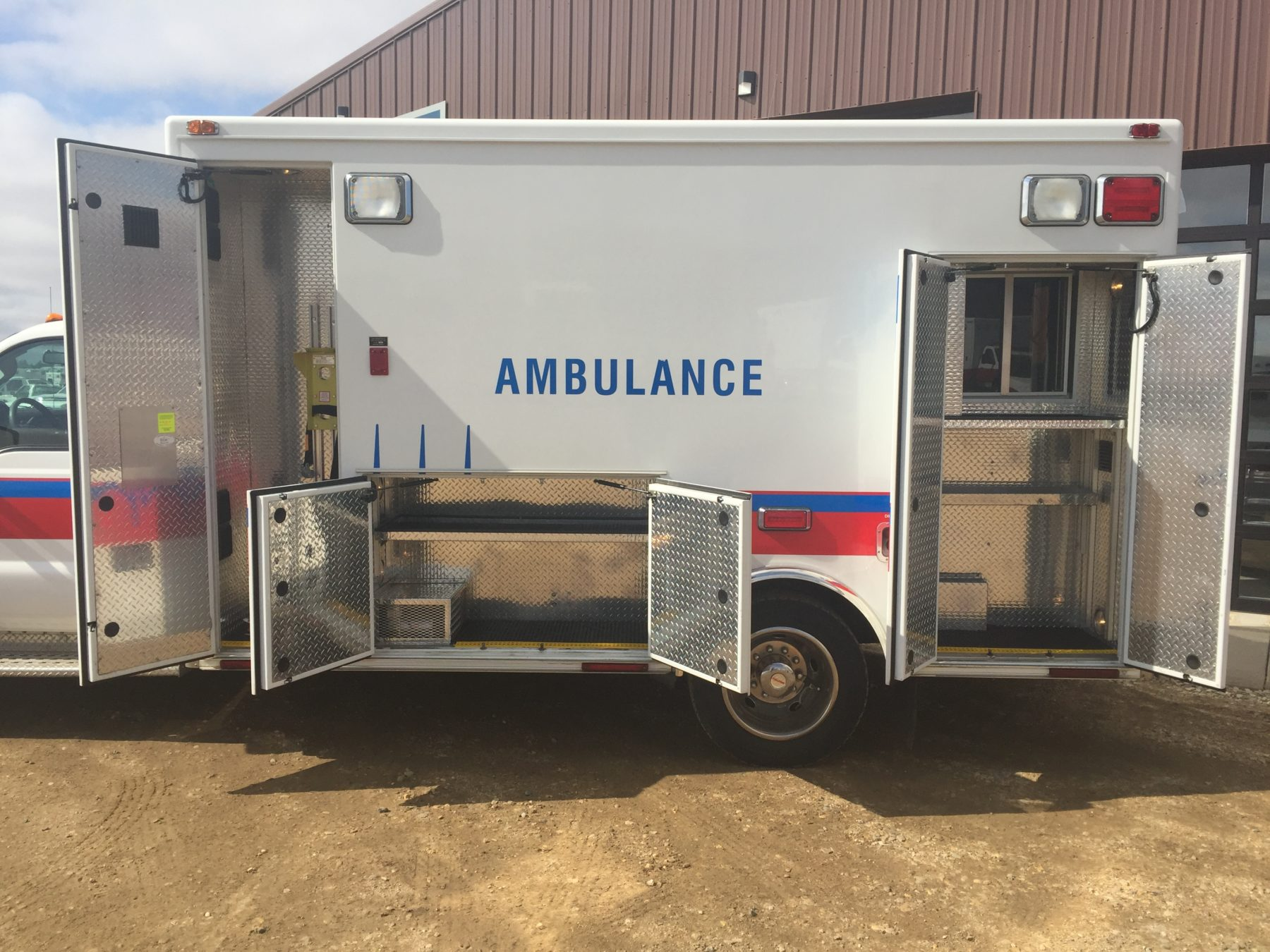 2008 Ford F450 Heavy Duty Ambulance For Sale – Picture 6