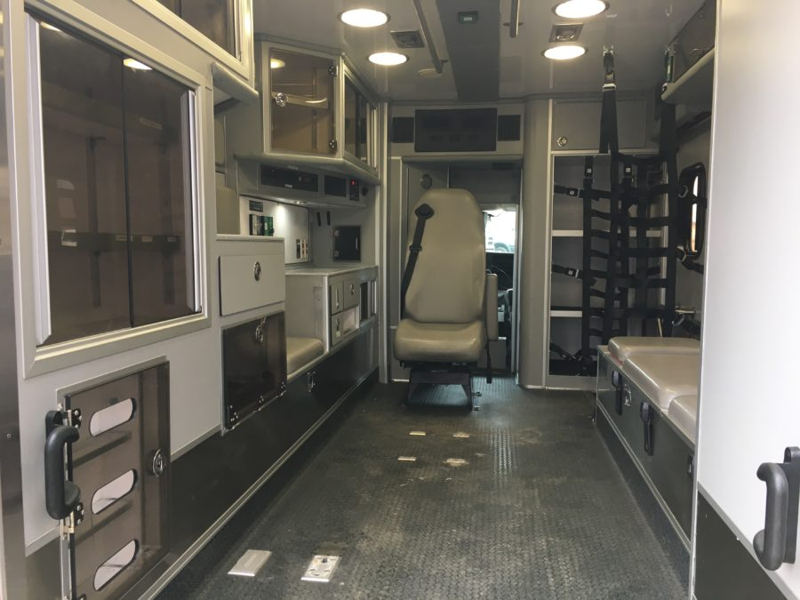 2011 Chevrolet G4500 Type 3 Ambulance For Sale – Picture 2