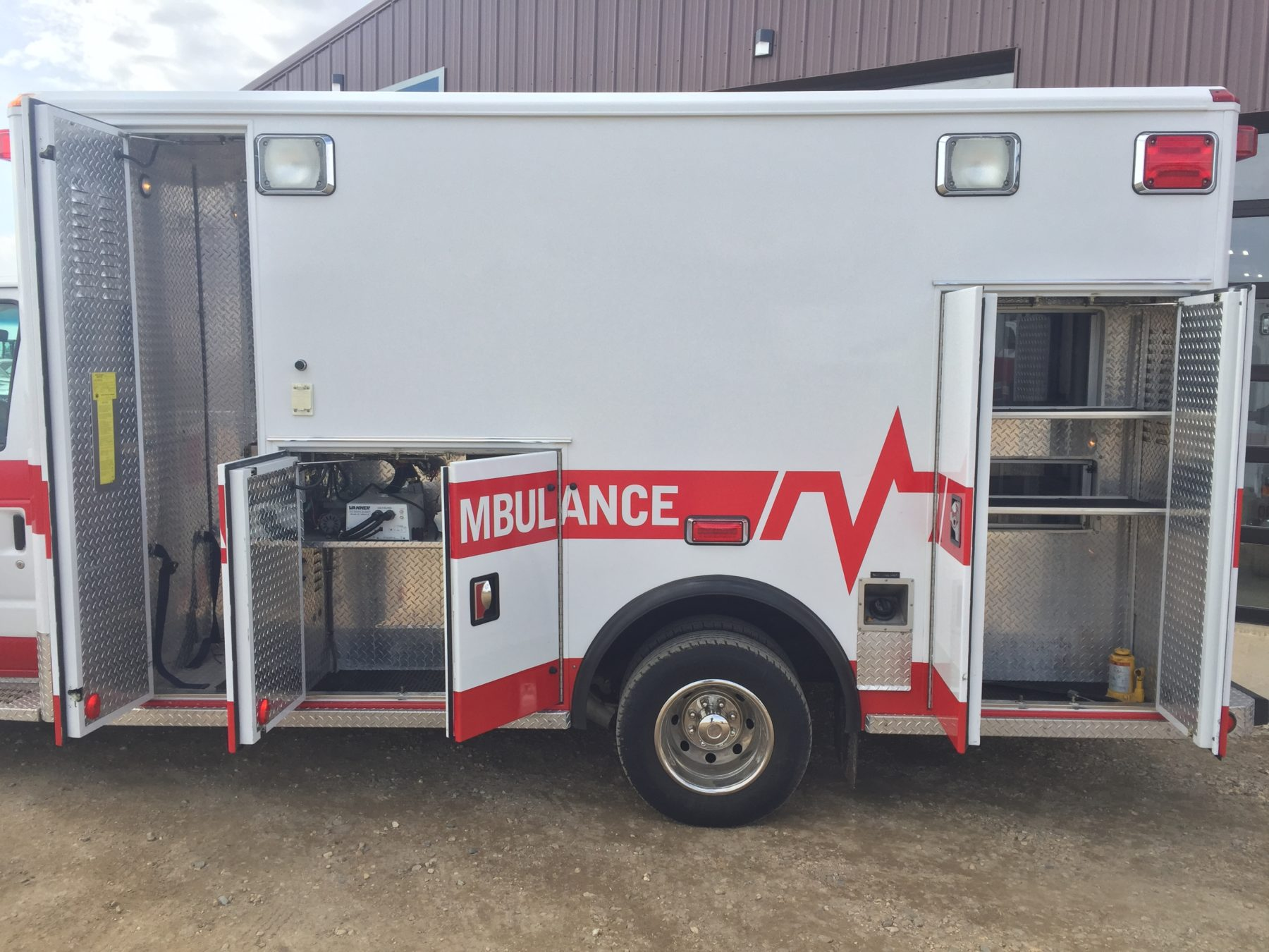 2003 Ford E450 Type 3 Ambulance For Sale – Picture 6