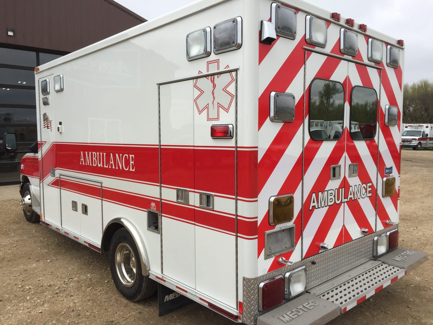 2005 Ford E450 Type 3 Ambulance For Sale – Picture 9