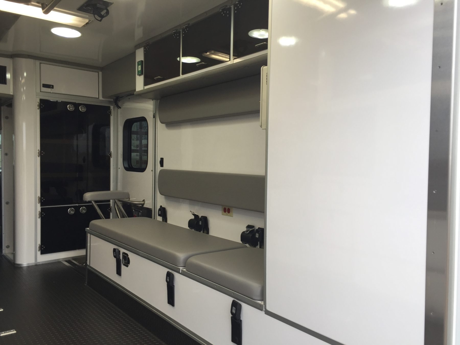 2019 Ford E450 Type 3 Ambulance For Sale – Picture 13