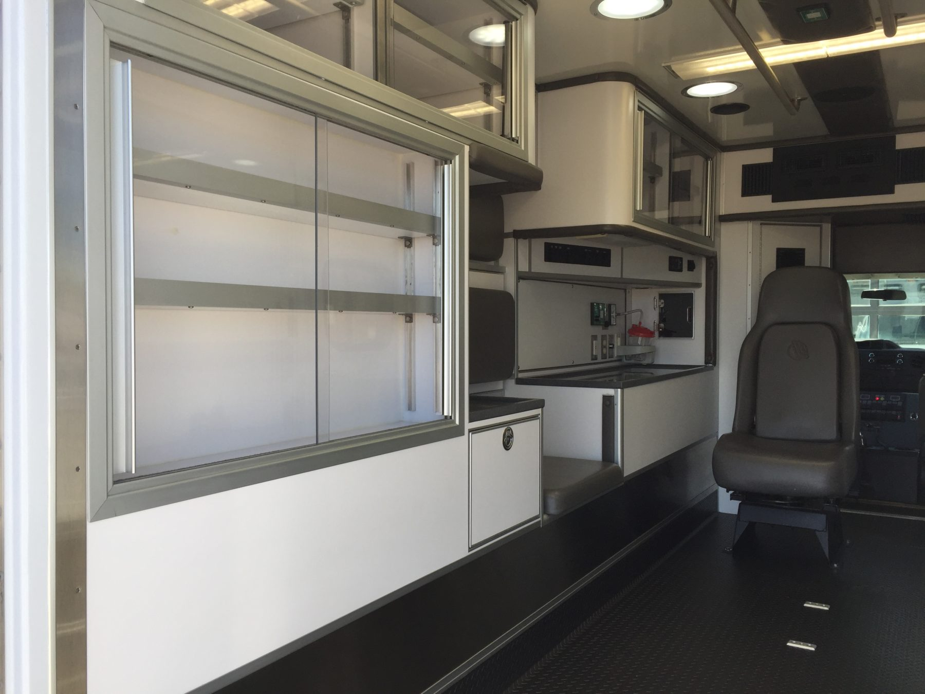 2017 Ford E450 Type 3 Ambulance For Sale – Picture 10