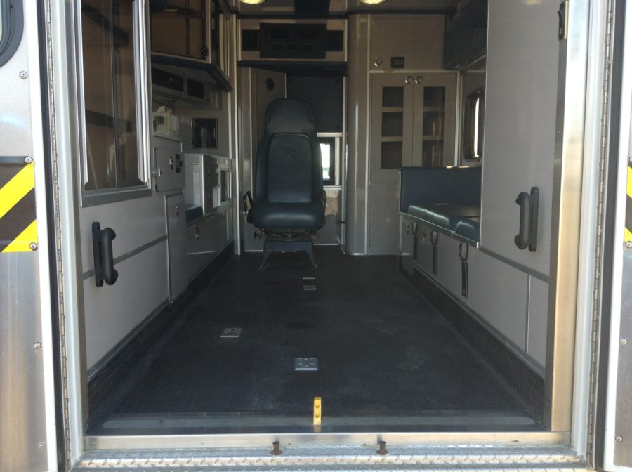 2011 Ford F450 4x4 Heavy Duty Ambulance For Sale – Picture 3