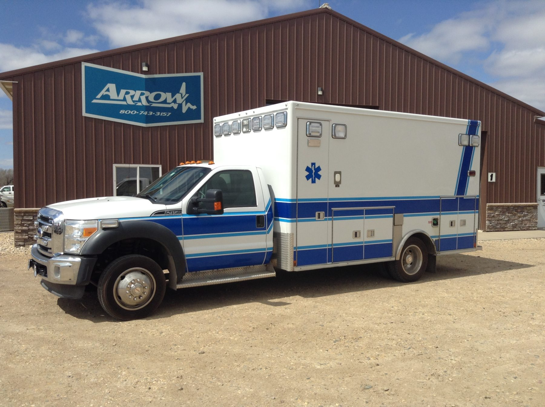 2011 Ford F450 4x4 Heavy Duty Ambulance For Sale – Picture 2