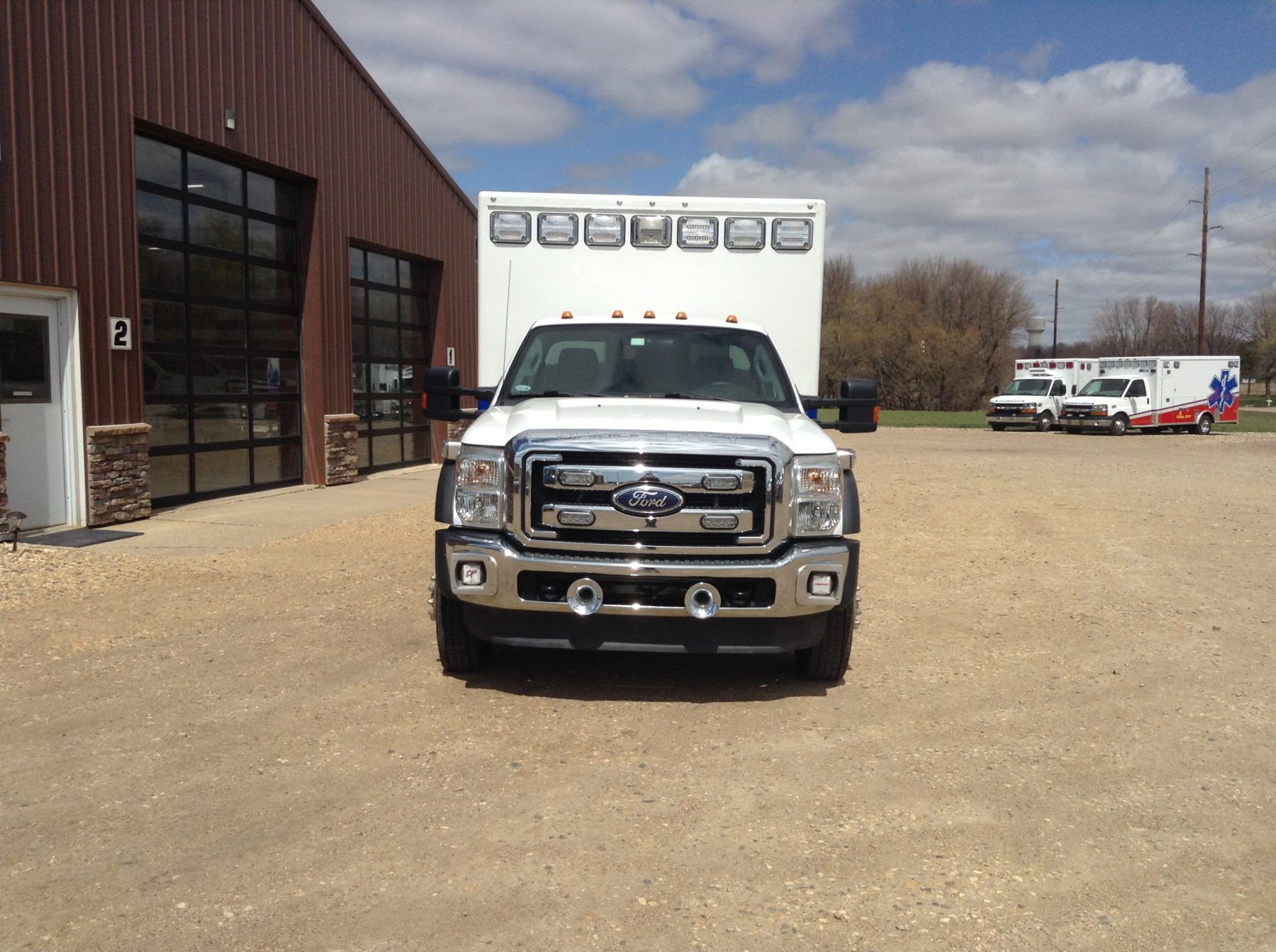 2011 Ford F450 4x4 Heavy Duty Ambulance For Sale – Picture 4