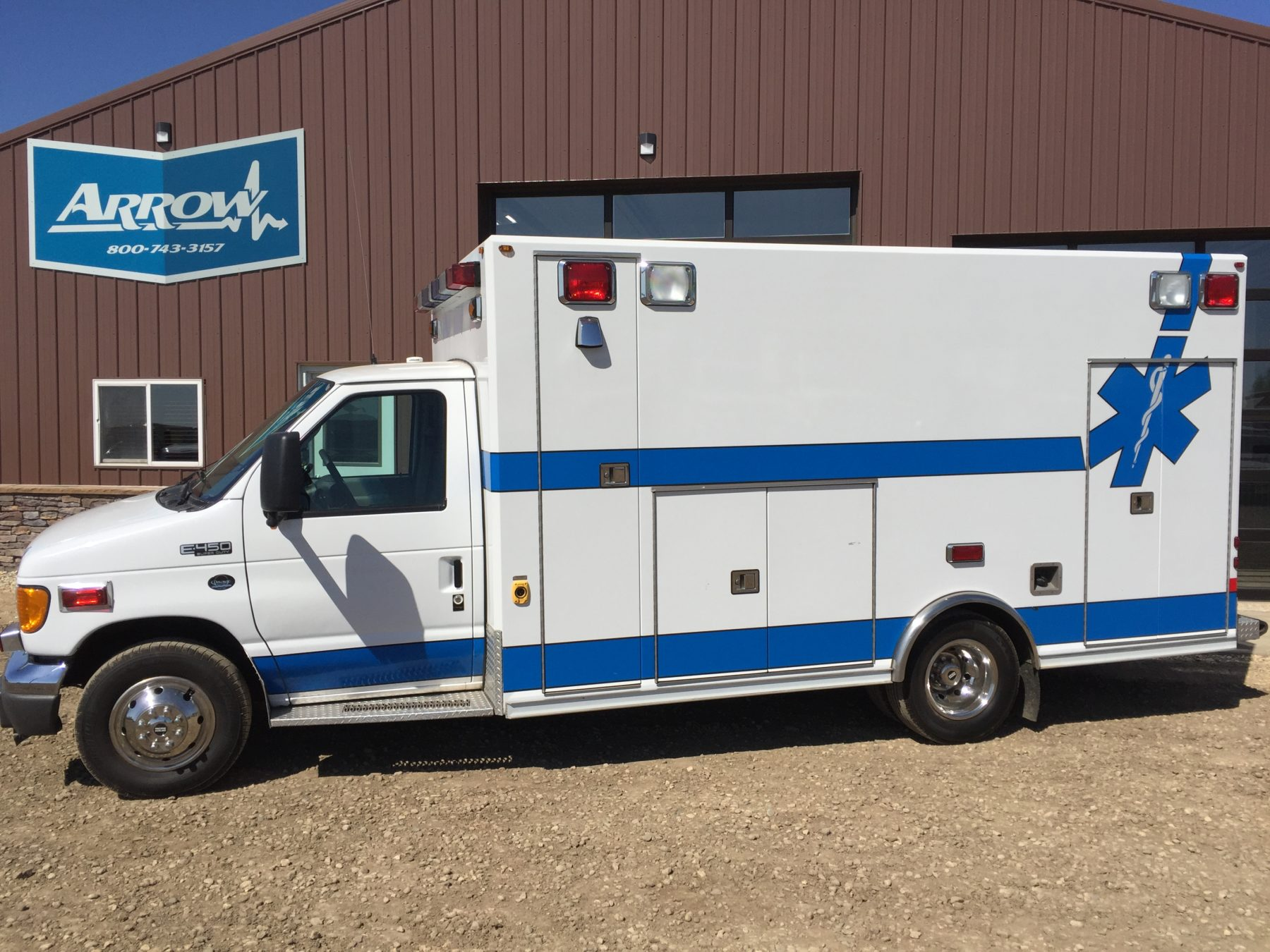 2004 Ford E450 Type 3 Ambulance For Sale – Picture 1