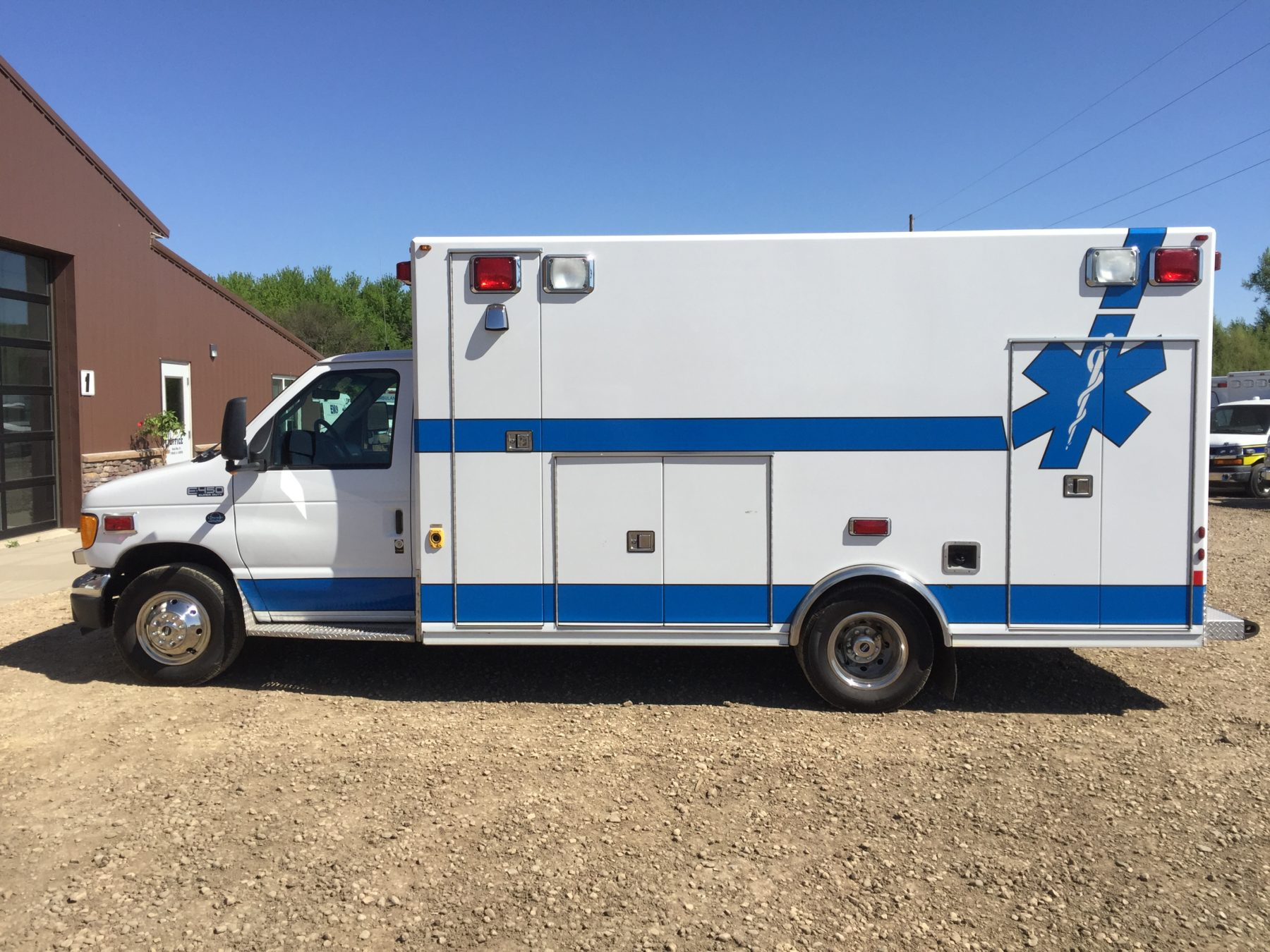 2004 Ford E450 Type 3 Ambulance For Sale – Picture 7