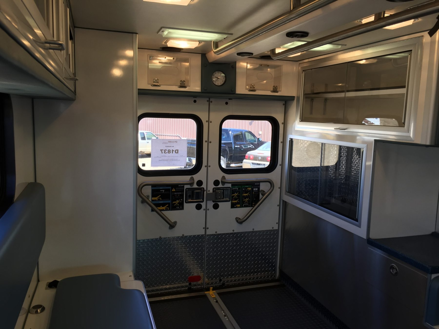 2004 Ford E450 Type 3 Ambulance For Sale – Picture 17