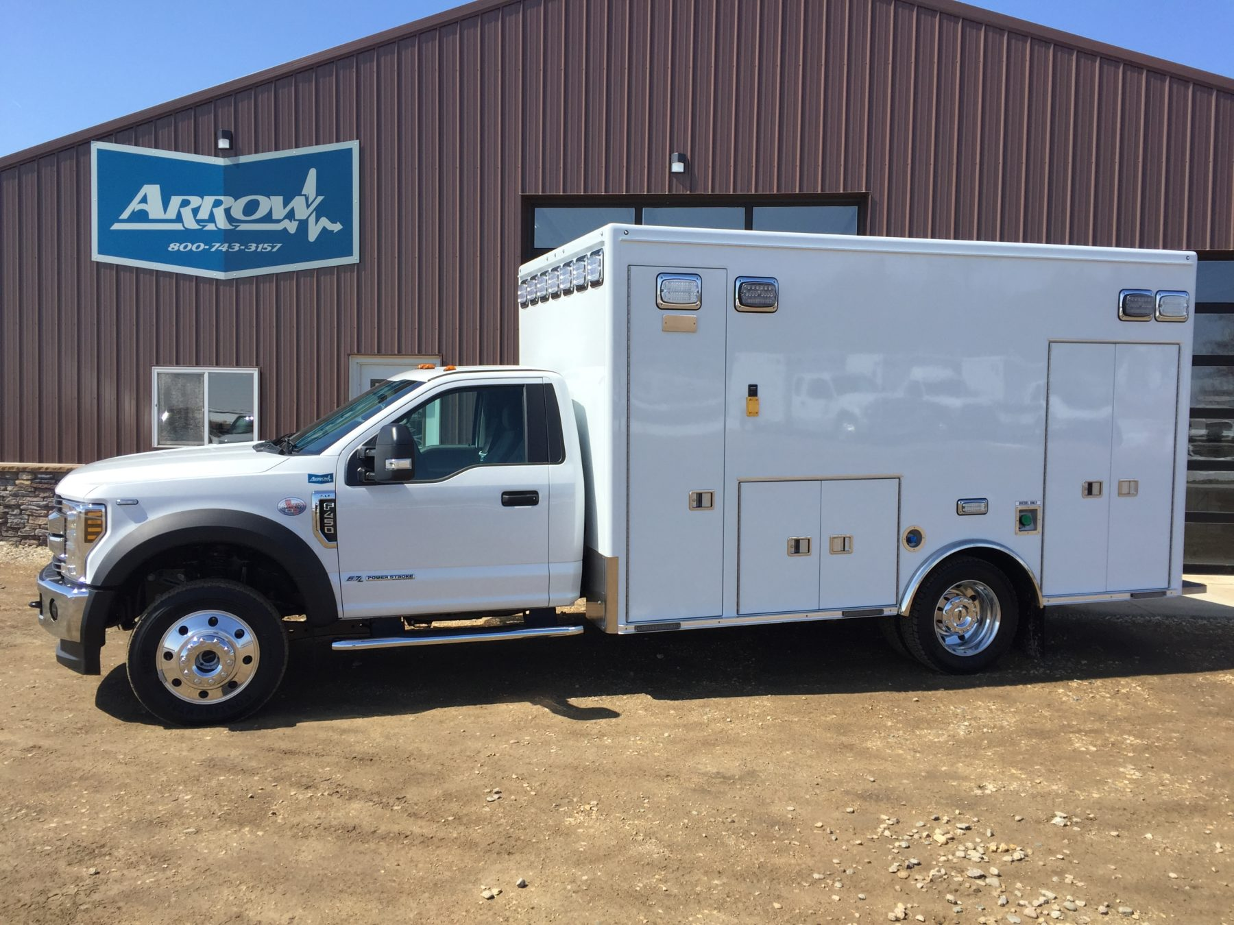 2018 Ford F450 4x4 Heavy Duty Ambulance For Sale – Picture 1
