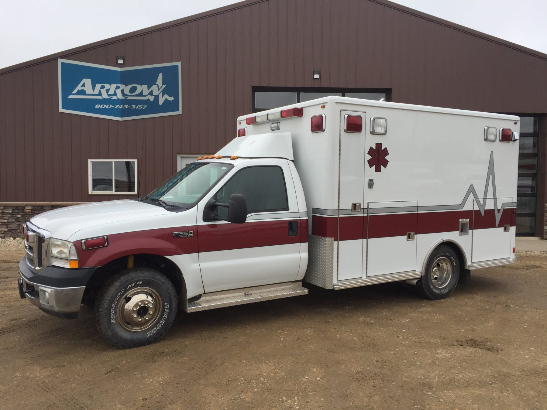 2002 Ford F350 4x4 Type 1 Ambulance For Sale – Picture 1