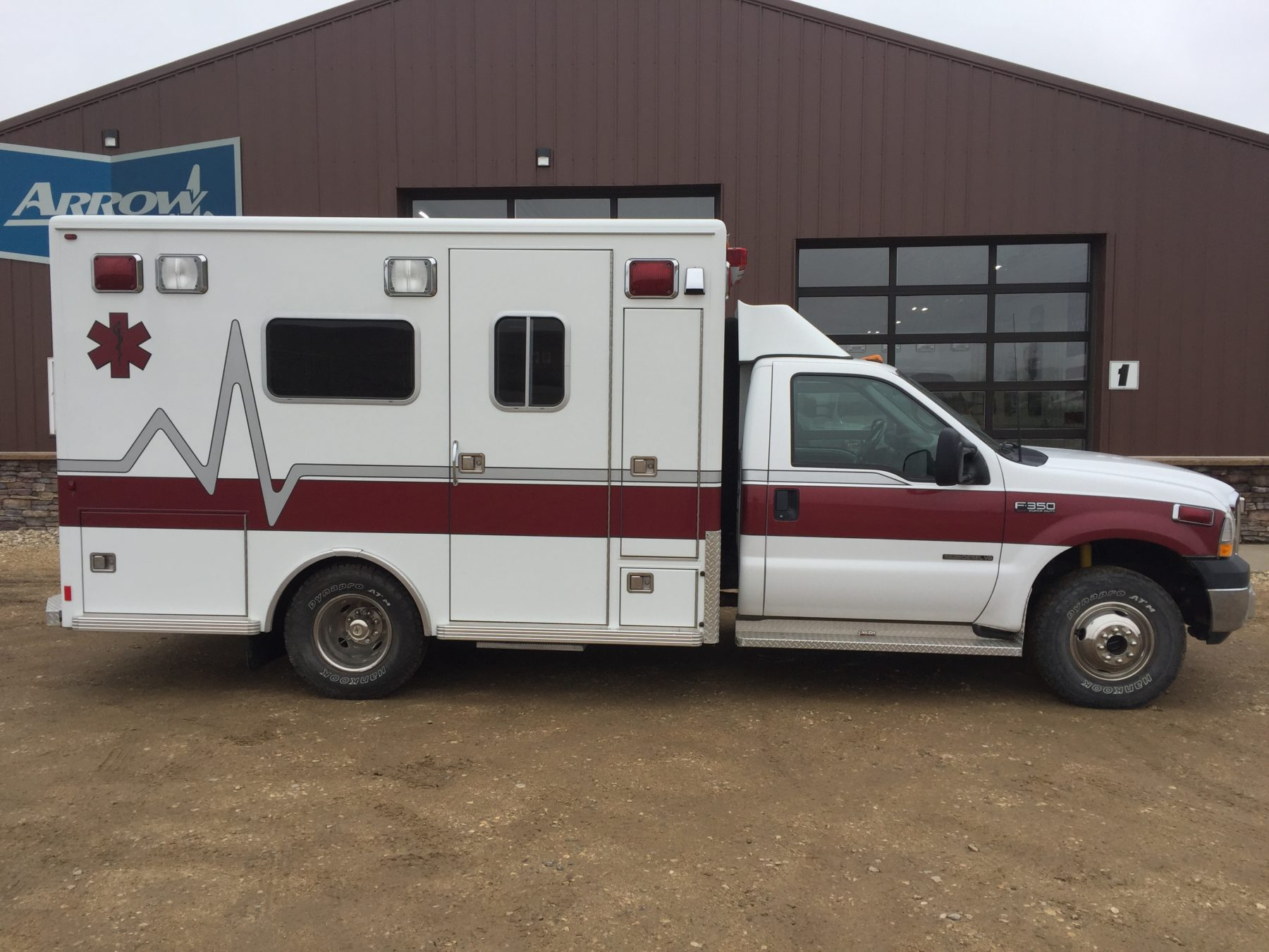 2002 Ford F350 4x4 Type 1 Ambulance For Sale – Picture 4