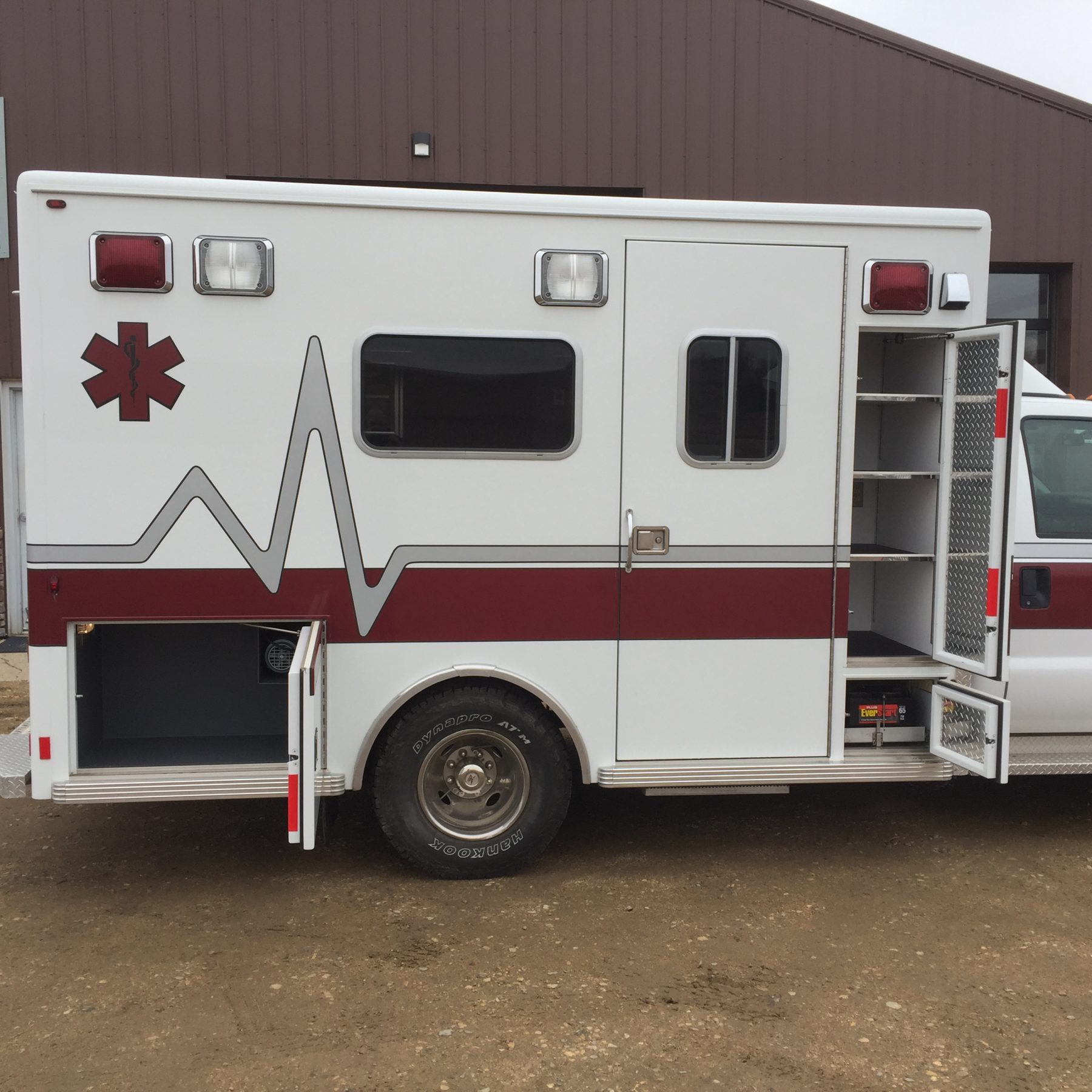 2002 Ford F350 4x4 Type 1 Ambulance For Sale – Picture 6