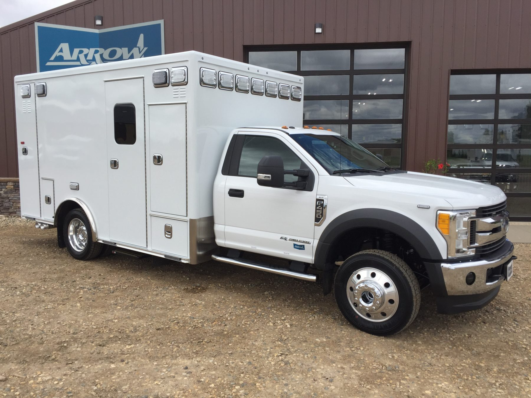 2017 Ford F450 4x4 Heavy Duty Ambulance For Sale – Picture 3