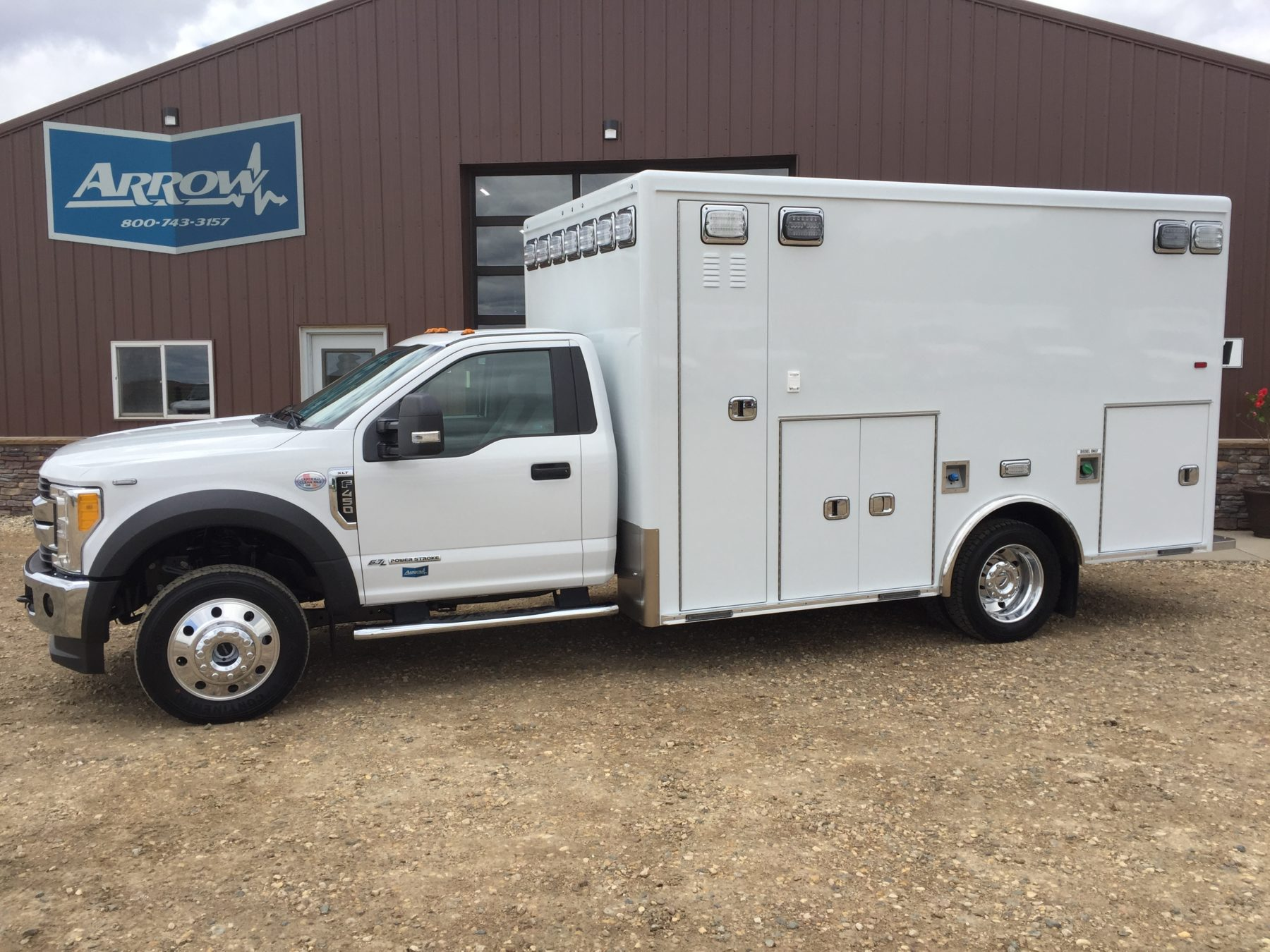 2017 Ford F450 4x4 Heavy Duty Ambulance For Sale – Picture 1