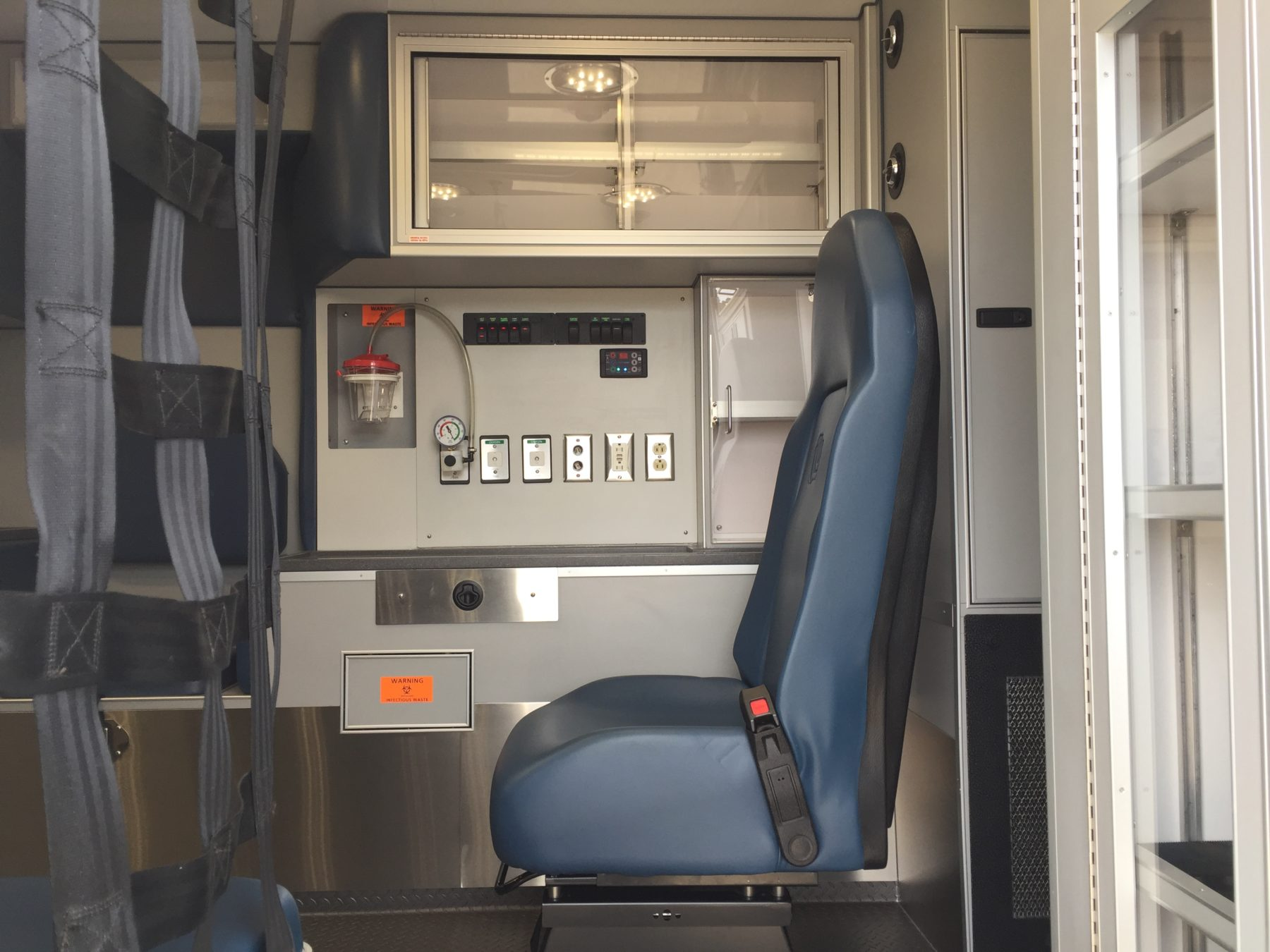 2017 Ford F450 4x4 Heavy Duty Ambulance For Sale – Picture 14