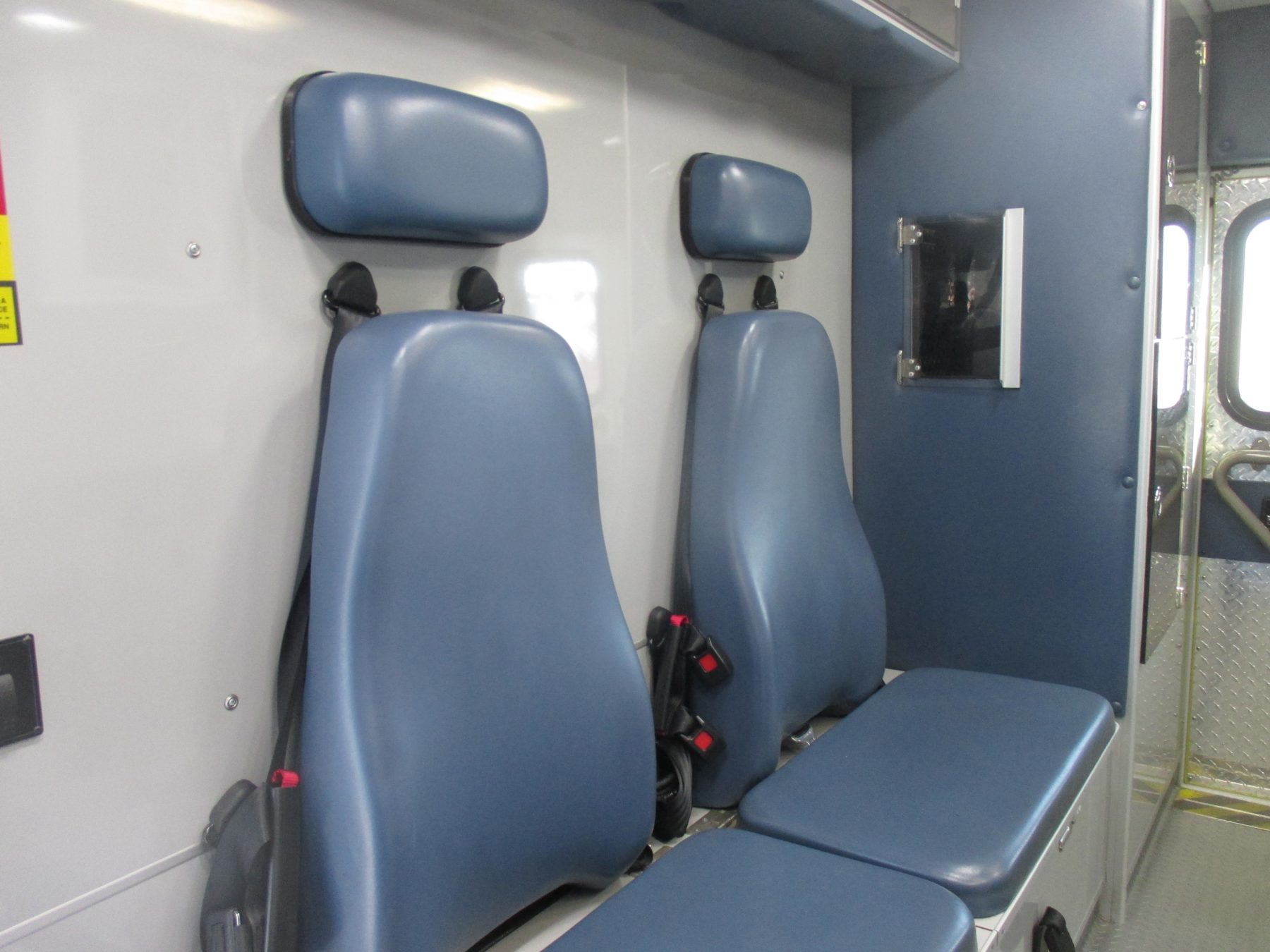 2010 Chevrolet G4500 Type 3 Ambulance For Sale – Picture 11