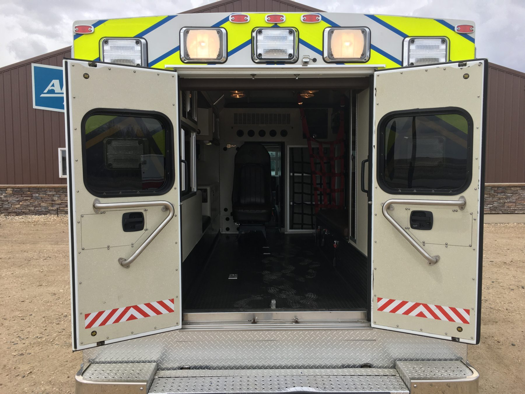 2014 Ford E450 Type 3 Ambulance For Sale – Picture 8
