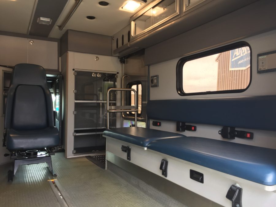 2012 Ford F450 Heavy Duty Ambulance For Sale – Picture 3