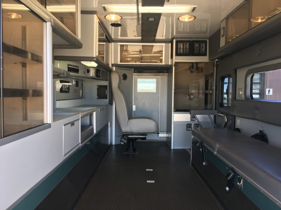 2008 International 4400 Heavy Duty Ambulance For Sale – Picture 2