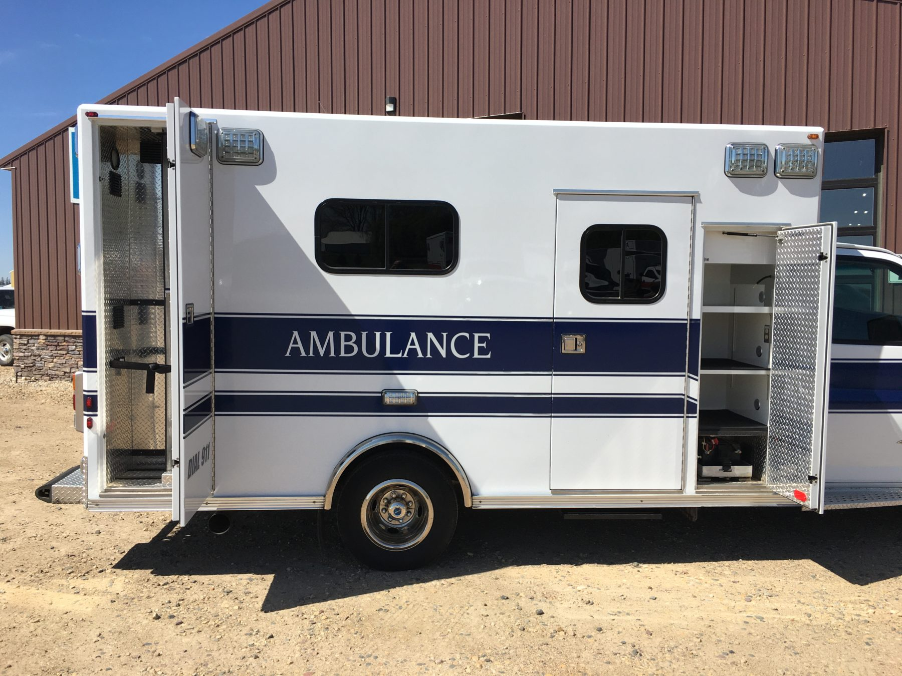 2014 Chevrolet G4500 Type 3 Ambulance For Sale – Picture 4